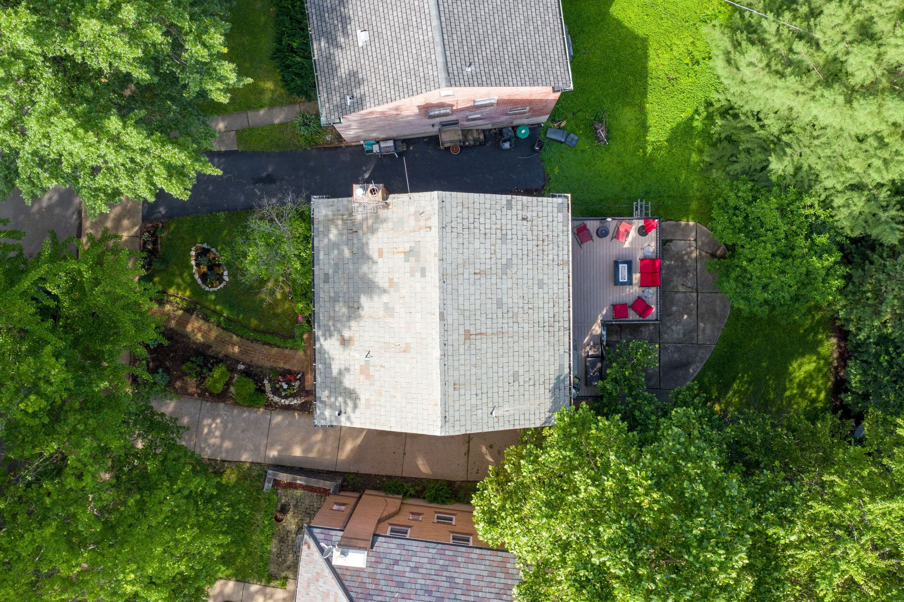 Additional photo for property listing at Sophisticated Yet Charming Home in Clayton 7659 Carswold Drive Clayton, Missouri 63105 United States