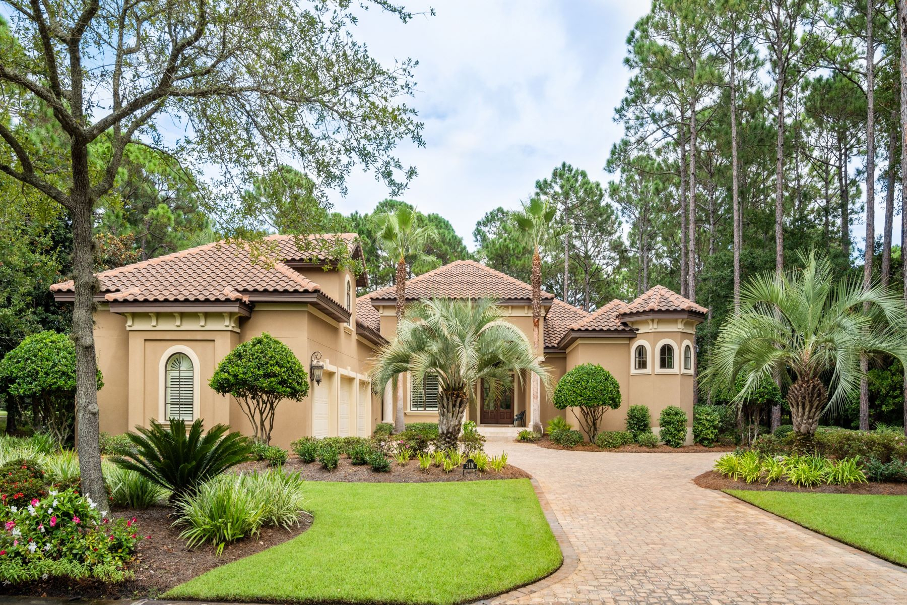 Single Family Homes for Active at Prestigous Two-Story Estate Overlooking Golf Course 3110 Merion Drive Miramar Beach, Florida 32550 United States
