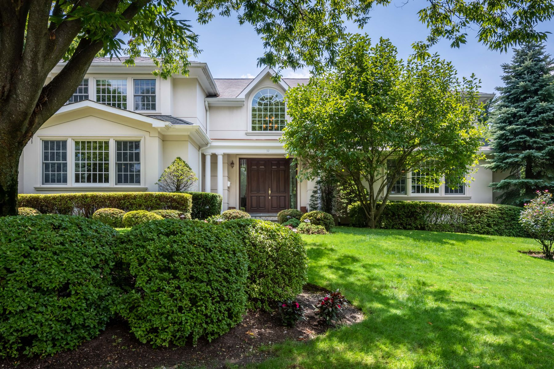 Single Family Homes 為 出售 在 32 Westgate Boulevard, Manhasset, Ny, 11030 Manhasset, 纽约 11030 美國