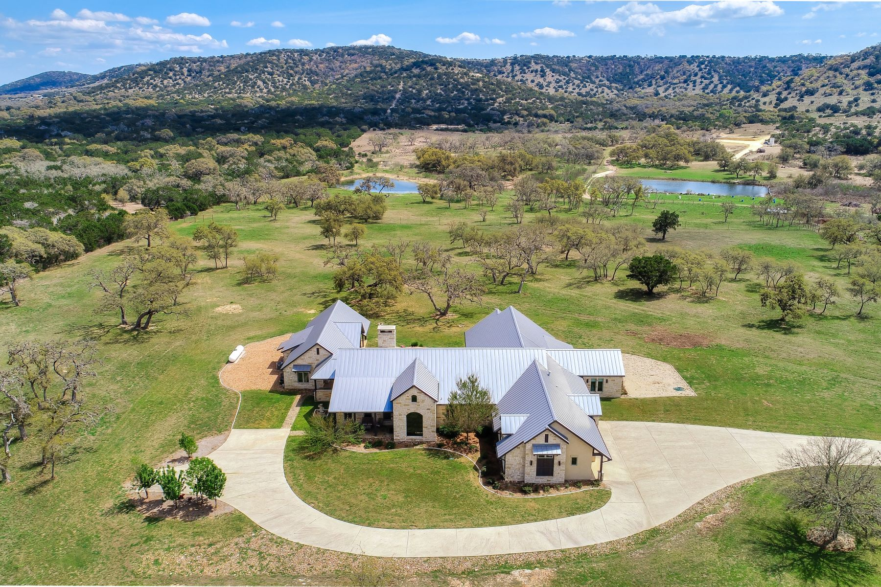 Single Family Homes for Active at Retreat with Headwaters of San Julian Creek 4149 FM 1077 Bandera, Texas 78003 United States