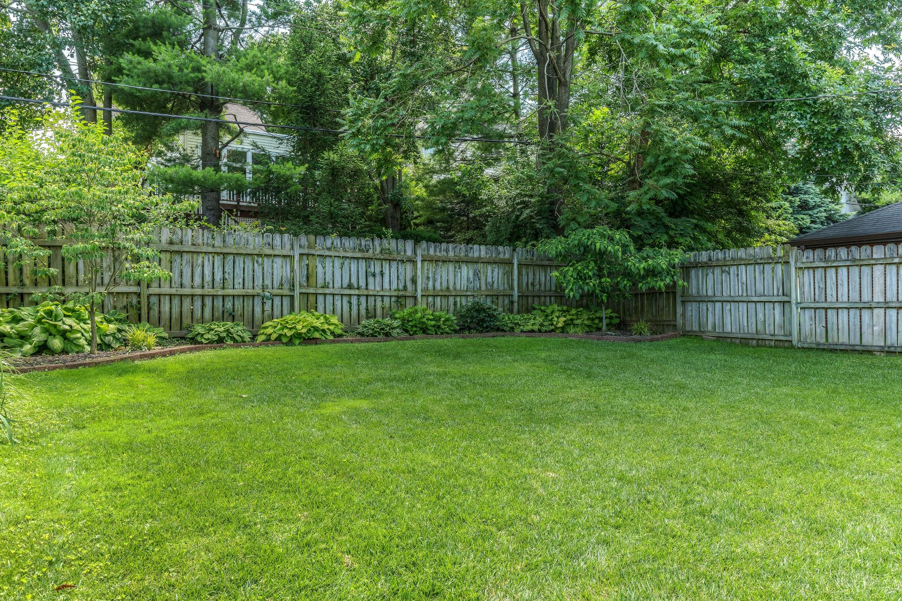 Additional photo for property listing at Charming Home In Ideal Location 7444 University Drive University City, Missouri 63130 United States