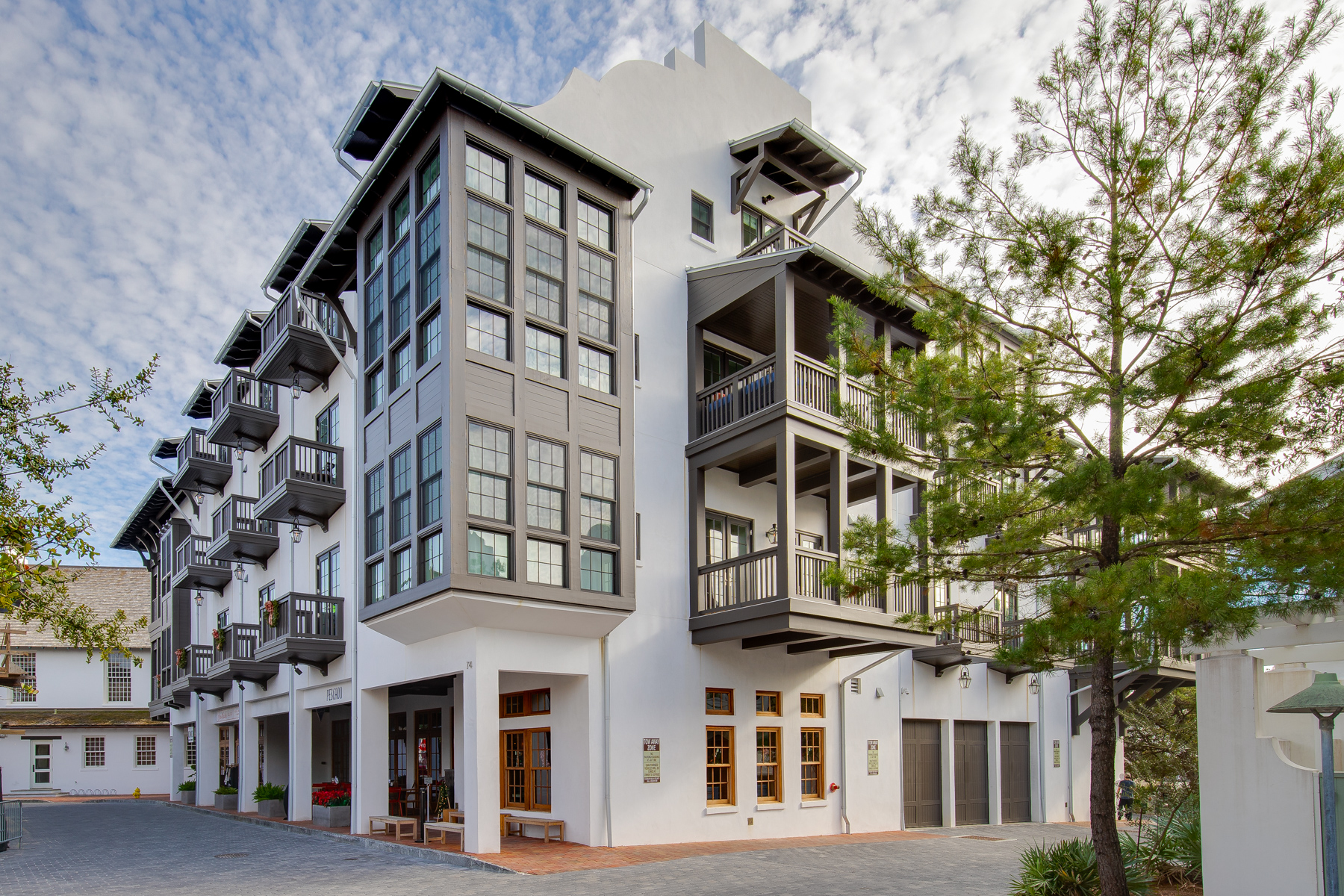Condominiums 為 出售 在 Modern Gulf View Condo South of Scenic 30A 74 Town Hall Road 2B, Rosemary Beach, 佛羅里達州 32461 美國