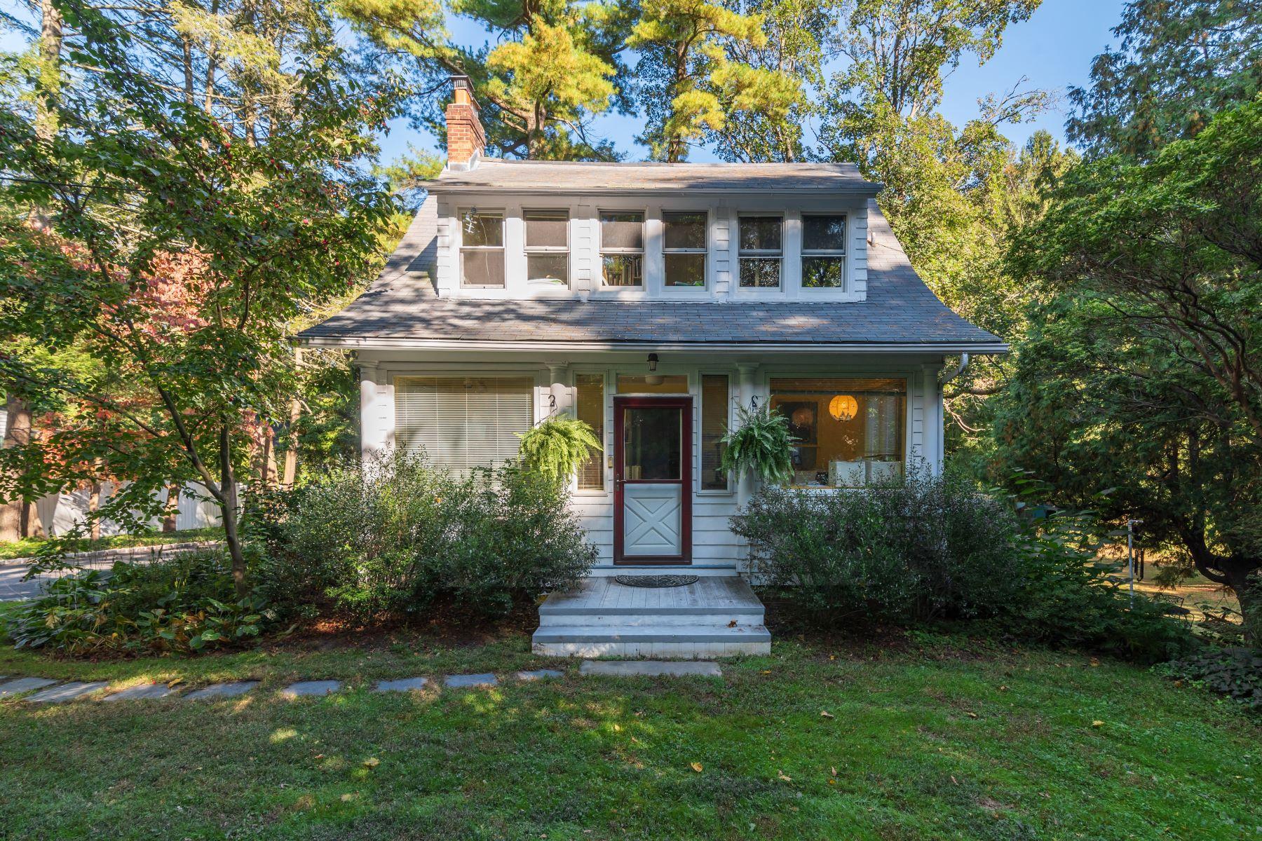Single Family Homes 為 出售 在 399 Oyster Bay Road, Mill Neck, Ny, 11765 Mill Neck, 纽约 11765 美國