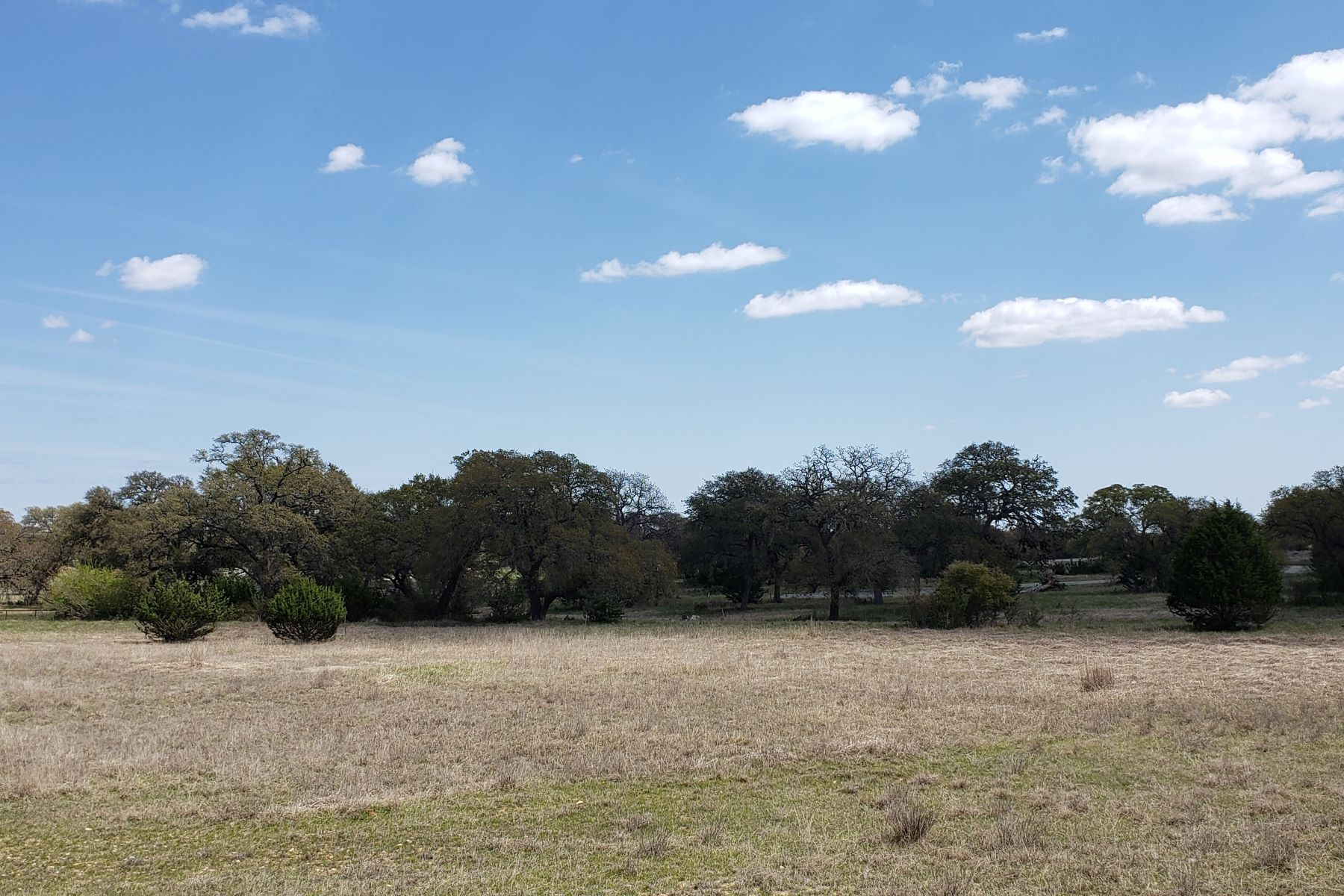 Land for Active at Beautiful Lot in Rockin J Ranch 103 S. Calvin Barrett Blanco, Texas 78606 United States