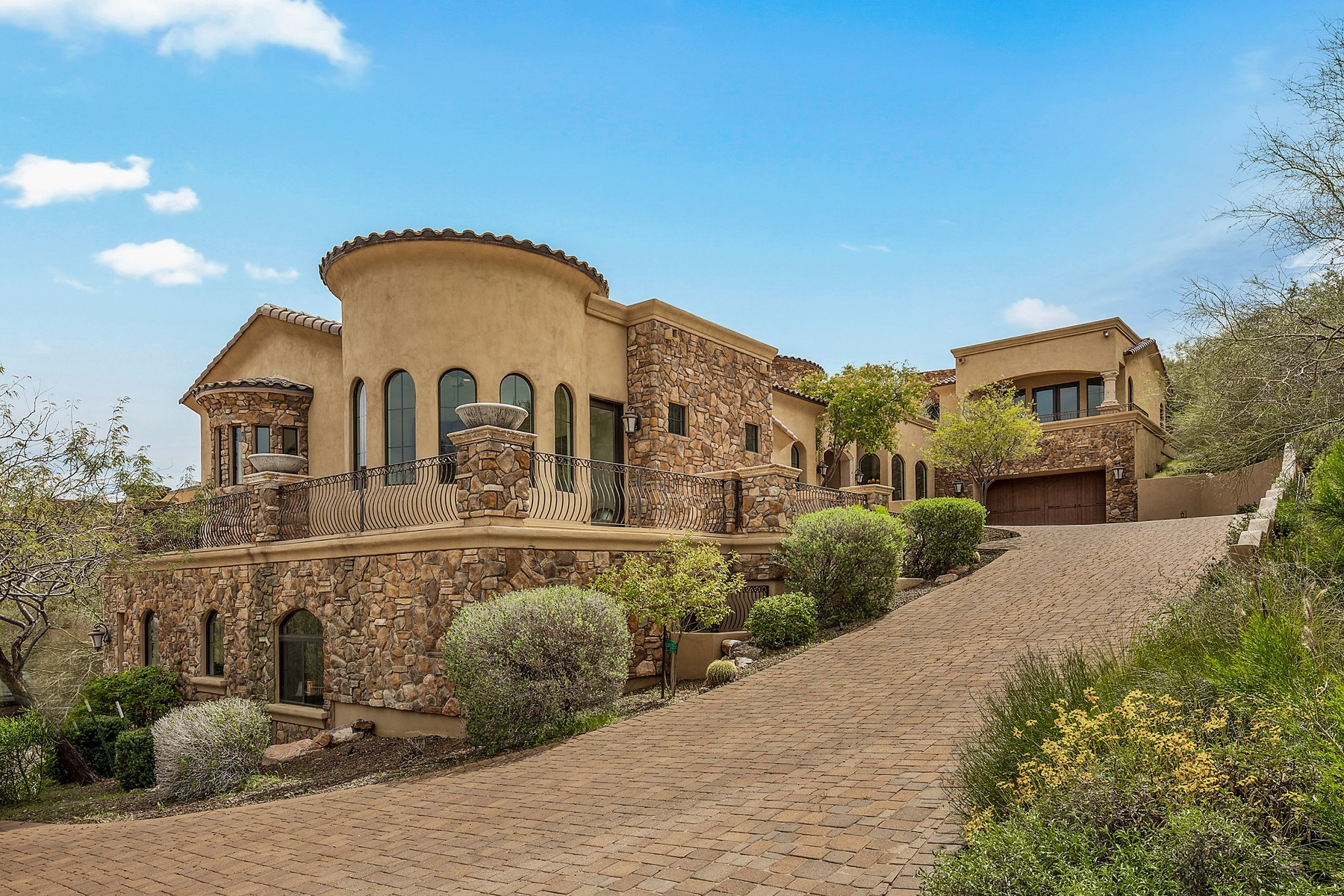 Single Family Homes for Active at Fountain Hills 10330 N Fire Canyon Fountain Hills, Arizona 85268 United States