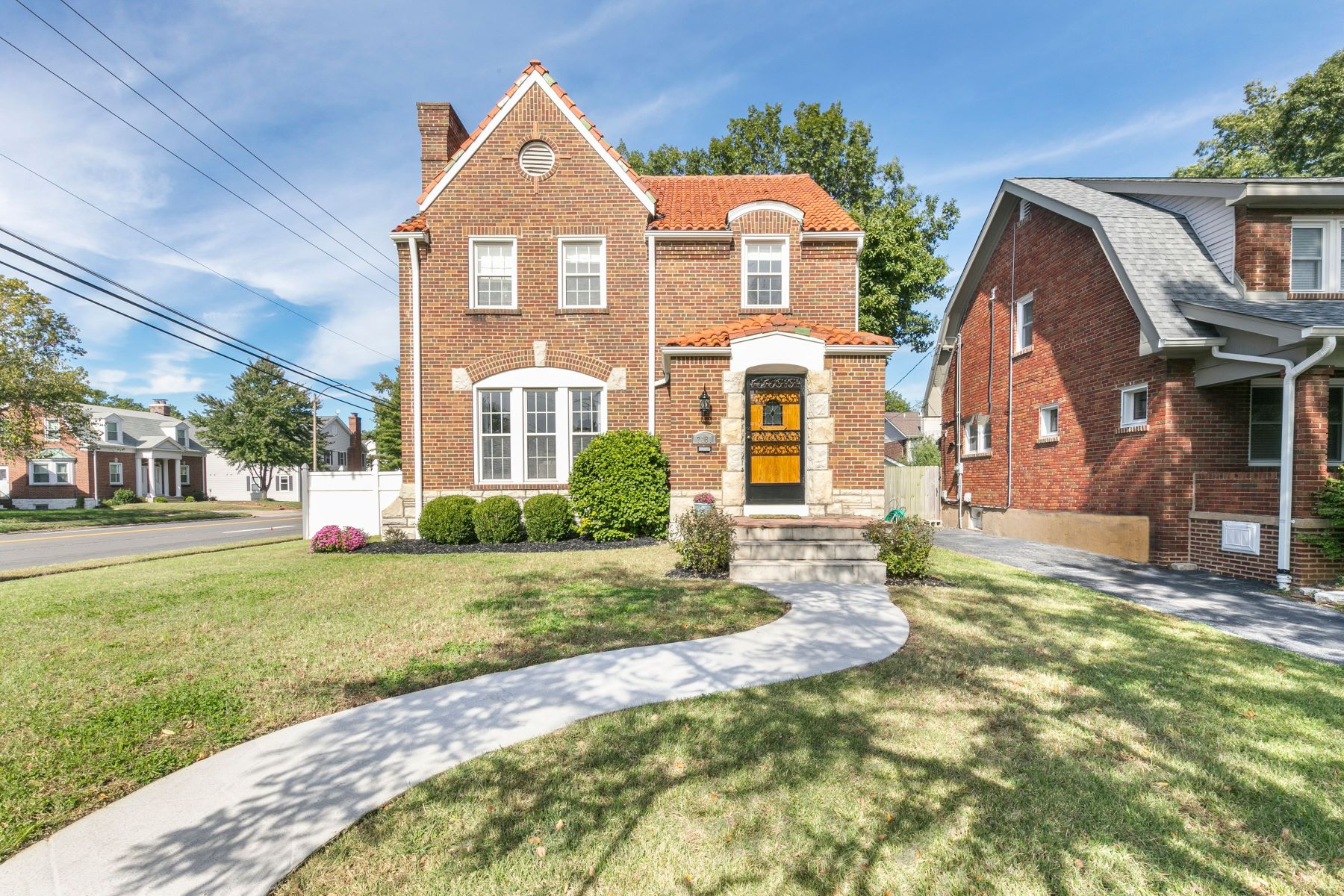 Single Family Homes for Sale at Charming University City Home 7481 Cornell Avenue University City, Missouri 63130 United States