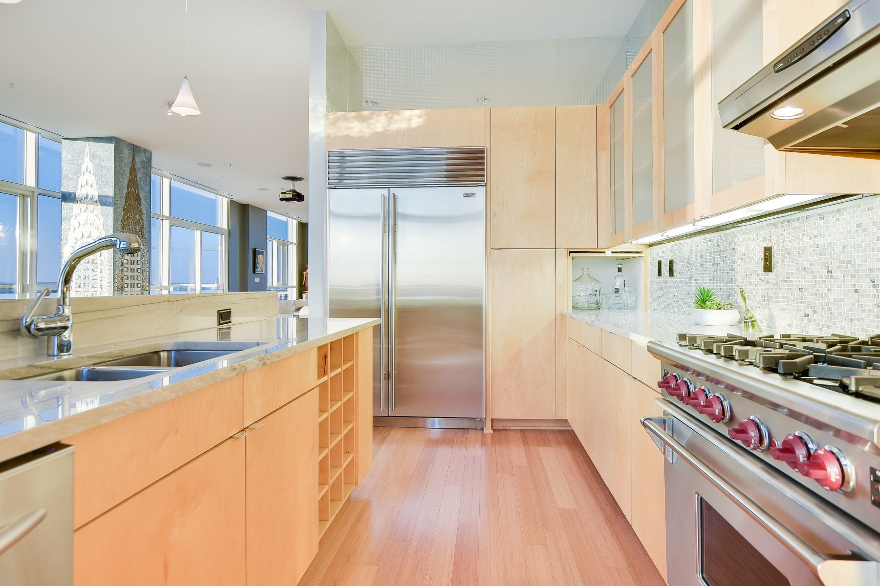 Additional photo for property listing at LIVE in the Clouds 555 East 5th Street #2912 Austin, Texas 78701 Estados Unidos