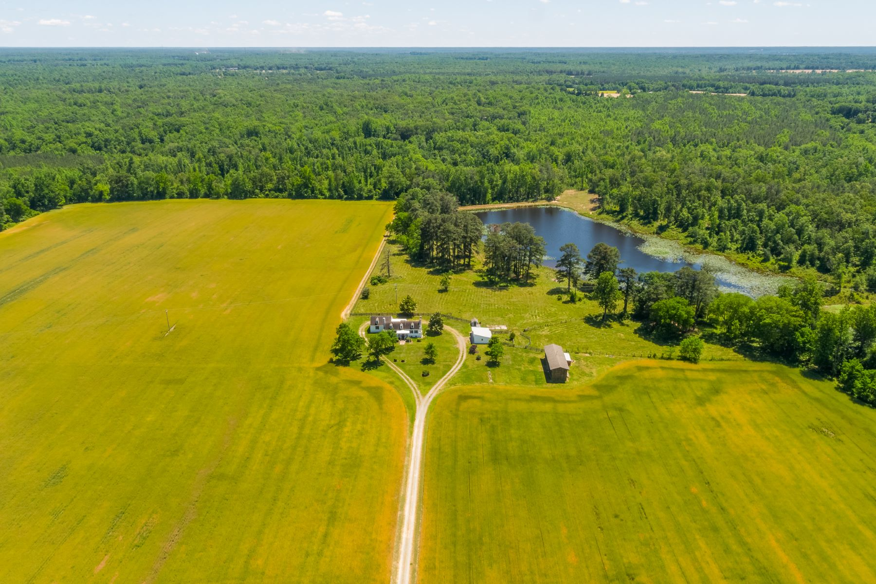 Farm and Ranch Properties para Venda às Brighton Farm 1600 Upshaw Road, Aylett, Virginia 23009 Estados Unidos