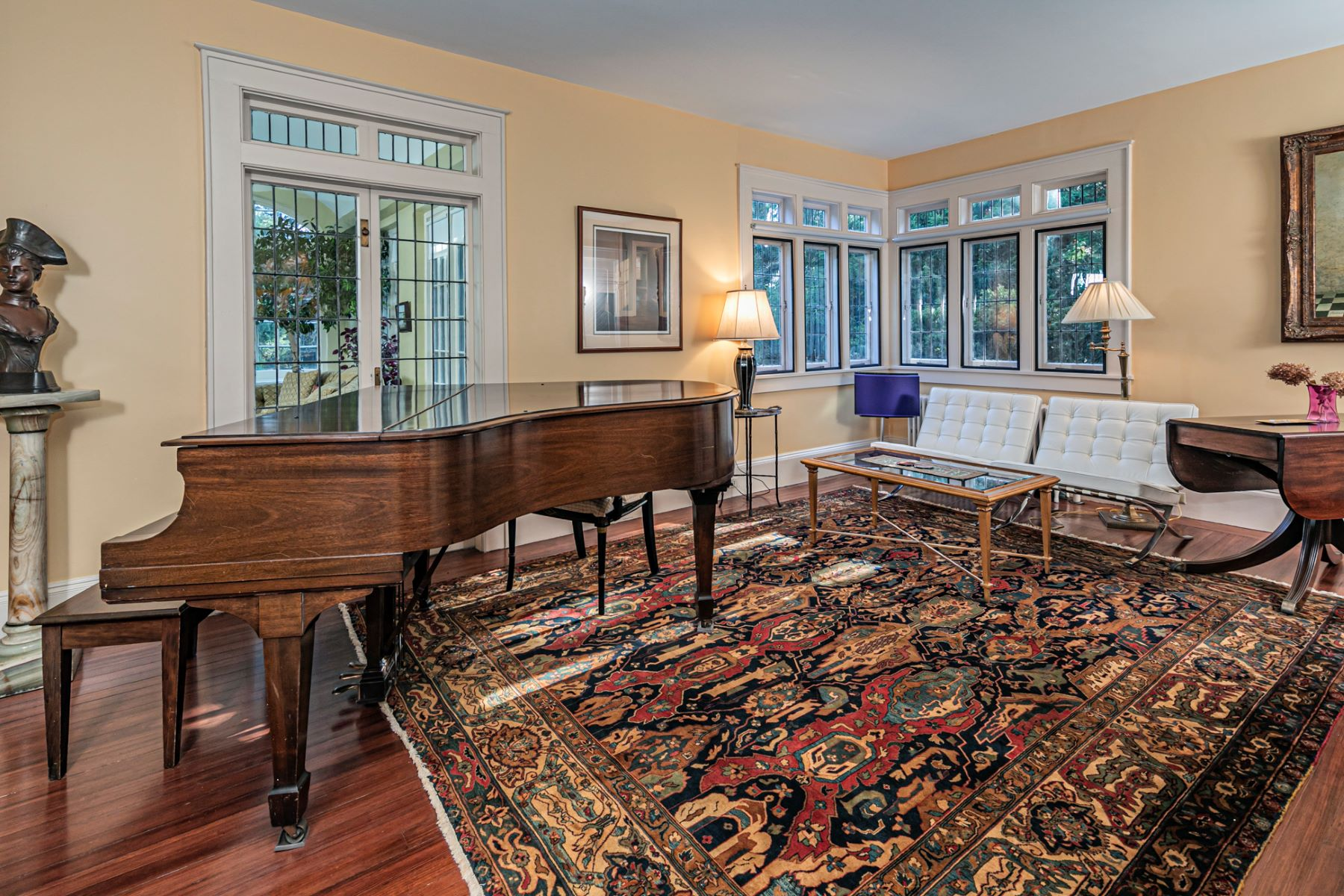 Additional photo for property listing at A Prized Location for the Vreeland House 180 Mercer Street, Princeton, New Jersey 08540 United States