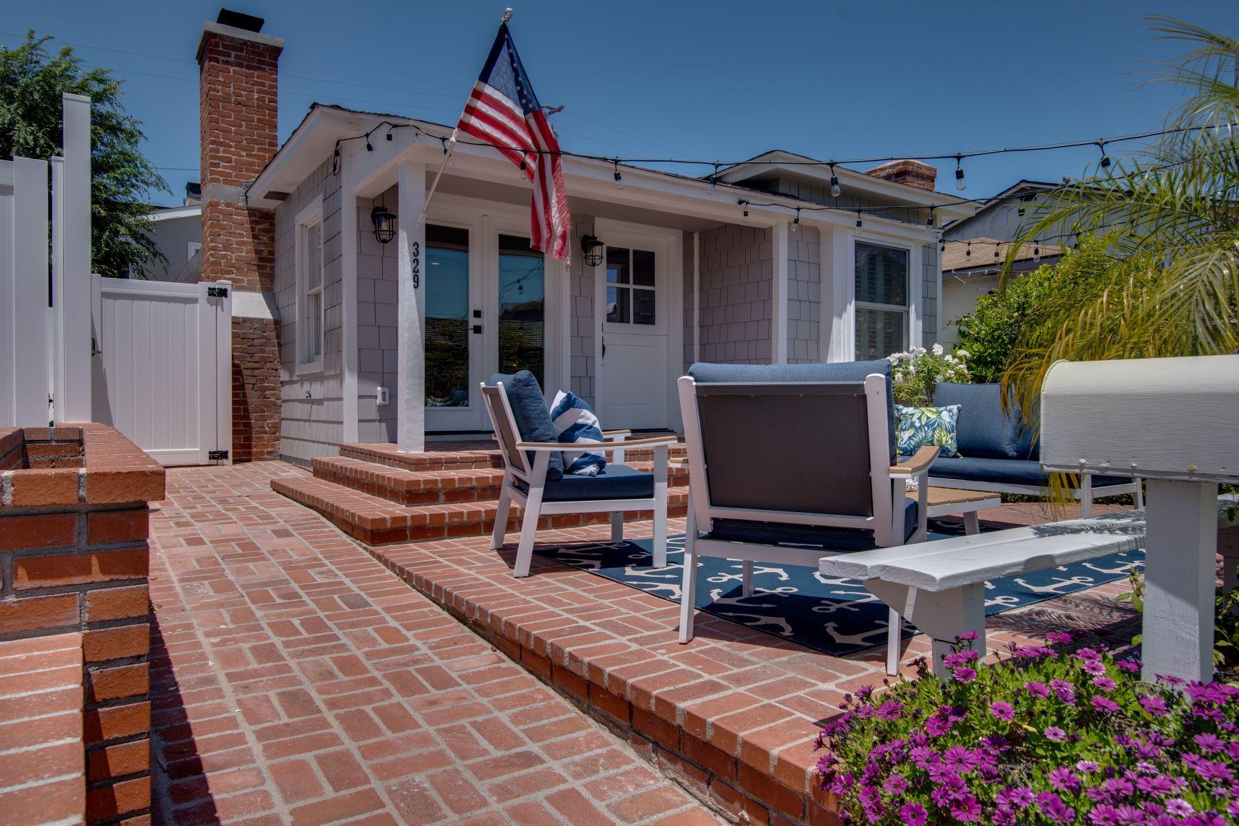 Single Family Homes por un Venta en 329 4th Street, Manhattan Beach, CA 90266 329 4th Street Manhattan Beach, California 90266 Estados Unidos