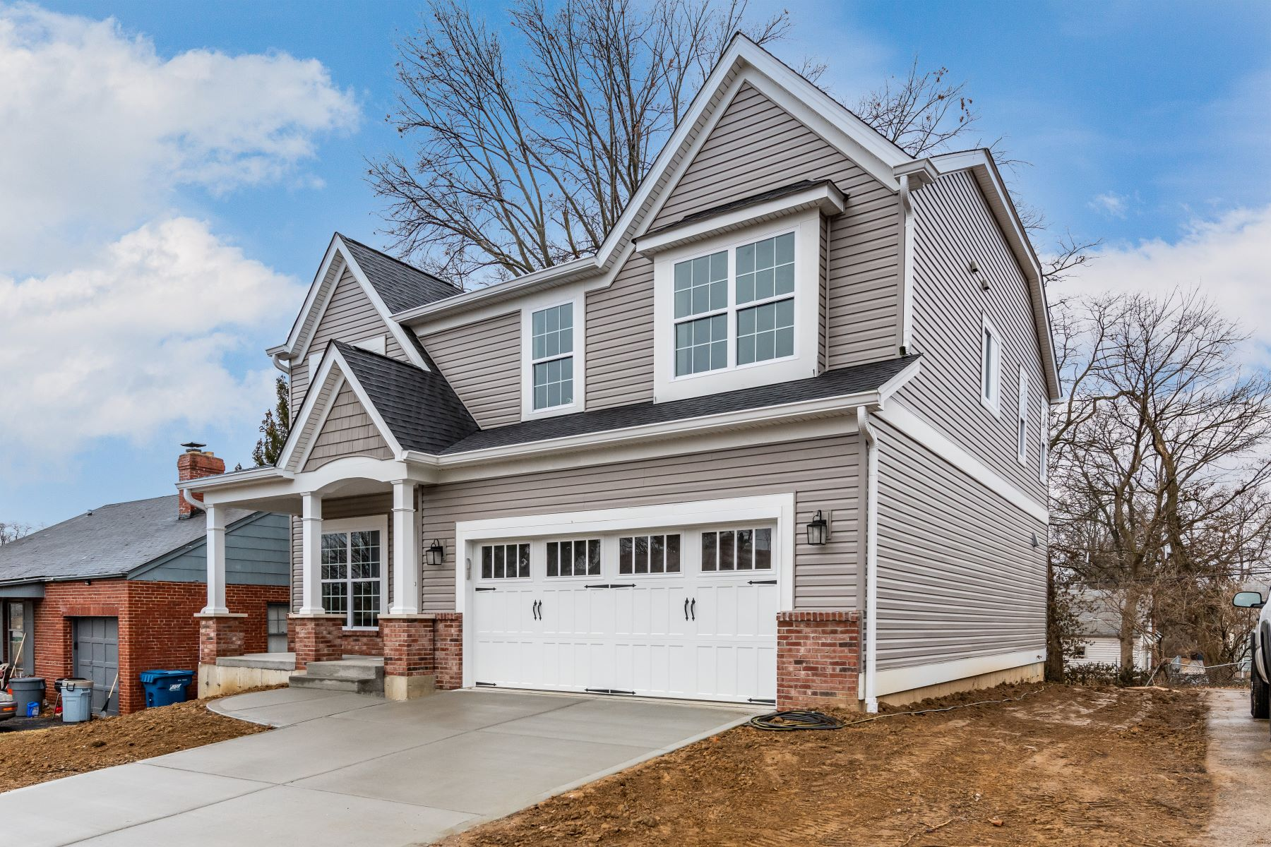 Additional photo for property listing at New 2-Story in Ladue Schools 1132 Hilltop Drive Olivette, Missouri 63132 United States