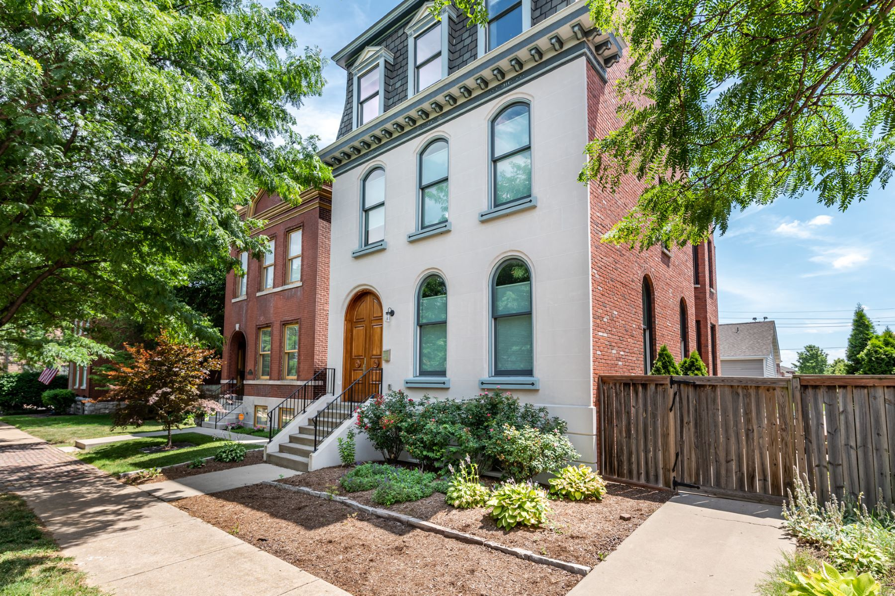 Single Family Homes for Sale at Newer Construction in Victorian Lafayette Square 1100 Dolman Street St. Louis, Missouri 63104 United States