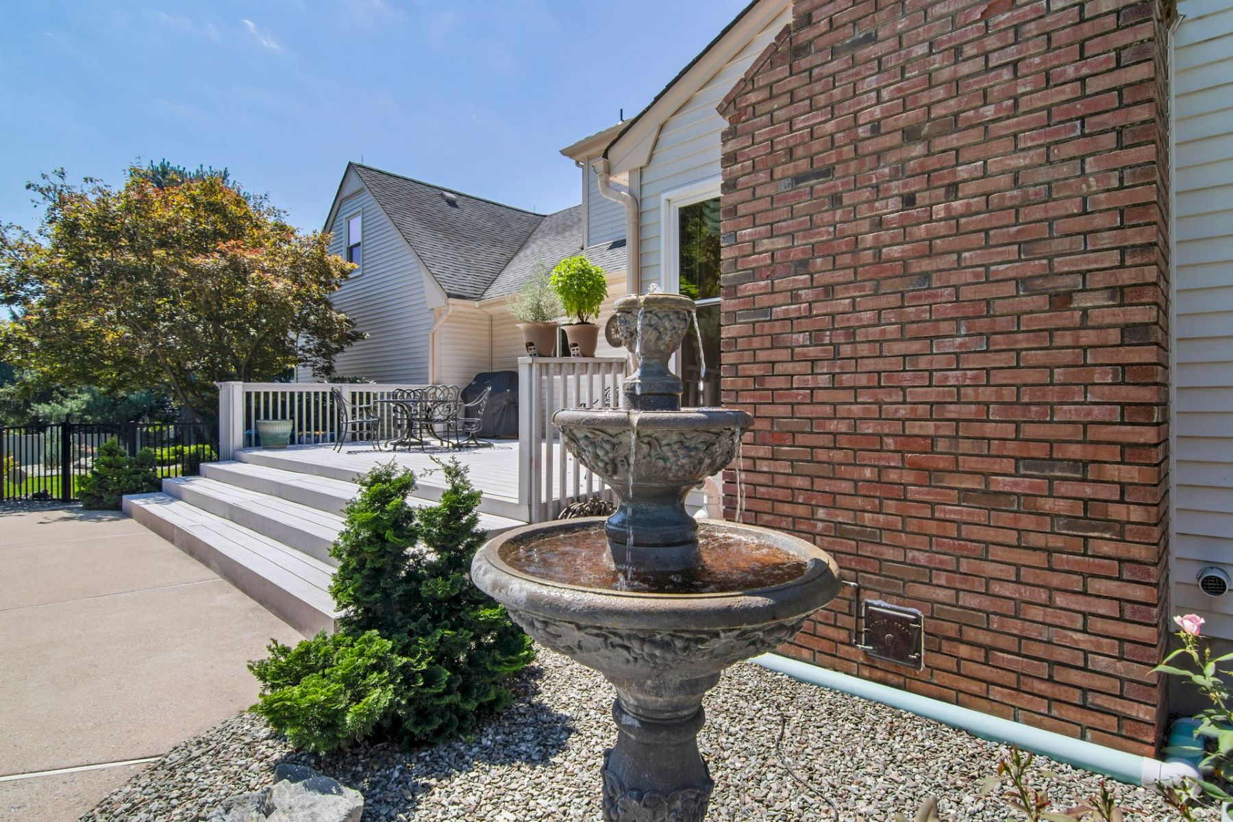 Additional photo for property listing at Ready For Its Next Owner 51 Wilshire Drive, Belle Mead, New Jersey 08502 United States