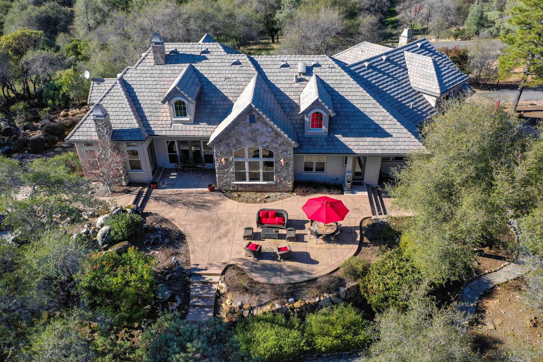 Single Family Homes para Venda às 2067 Long View Drive, Meadow Vista, CA 95722 Meadow Vista, Califórnia 95722 Estados Unidos