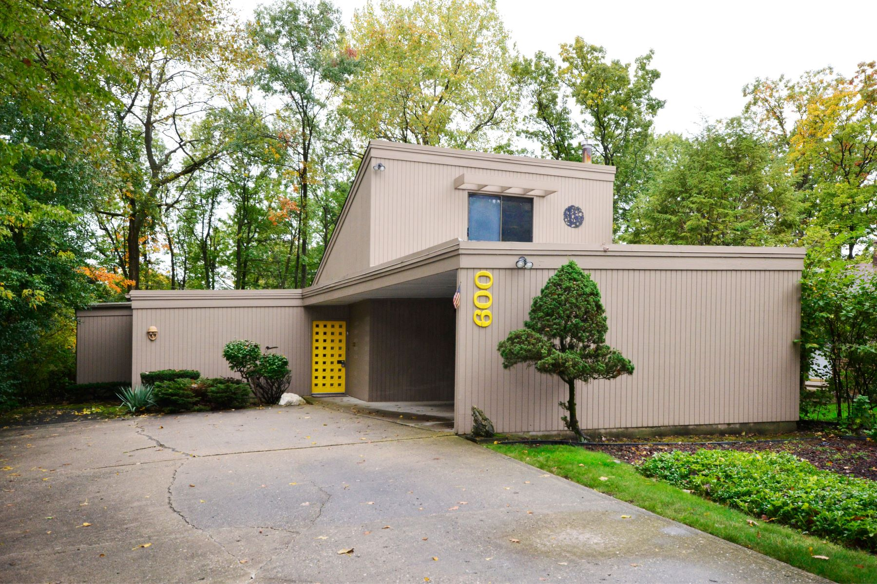 Single Family Homes voor Verkoop op Dramatic Contemporary Home 600 Hill Street, Highland Park, Illinois 60035 Verenigde Staten