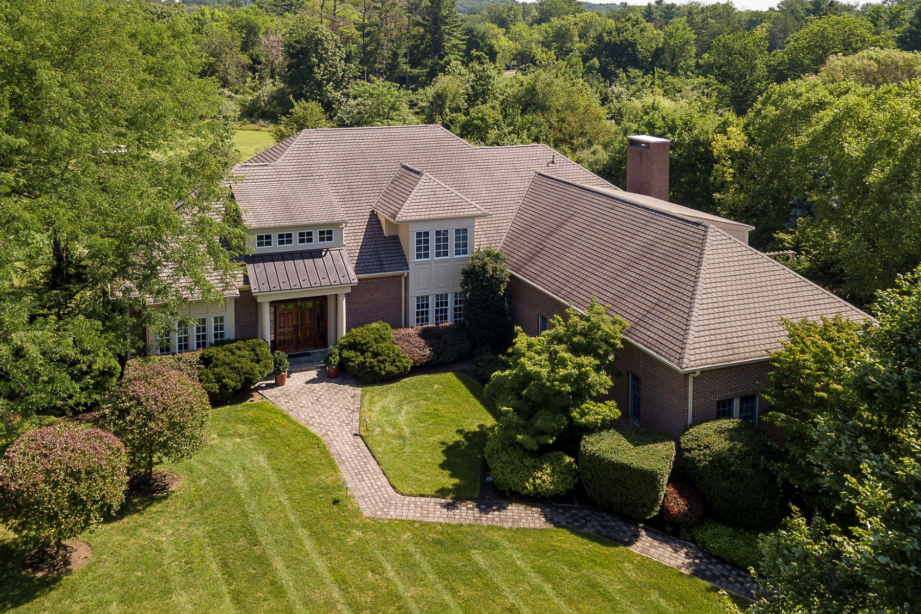Property للـ Sale في Peaceful Views, Plentiful Space, Perfect Locale 51 Grasmere Way, Princeton, New Jersey 08540 United States