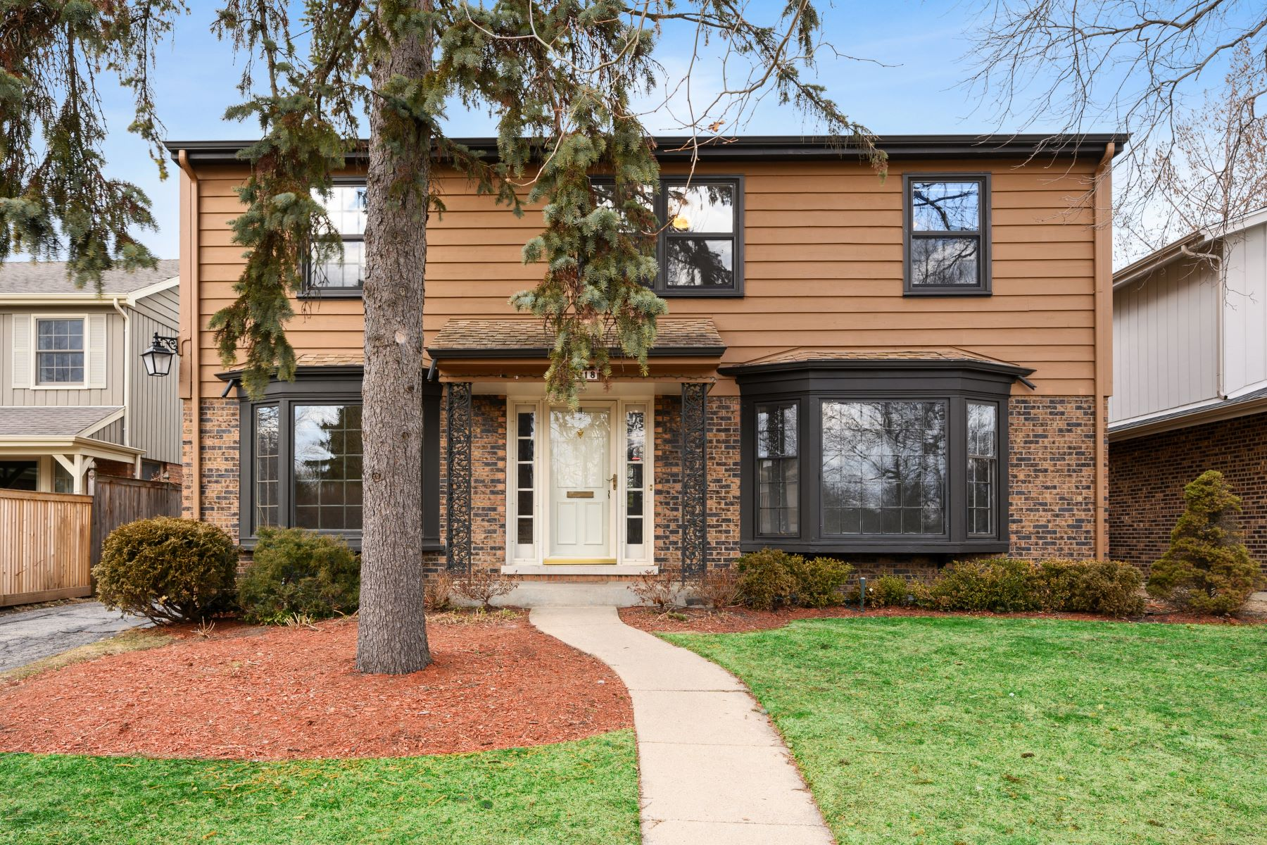 Single Family Homes for Active at Spacious Modern Home 2018 Elmwood Avenue Wilmette, Illinois 60091 United States