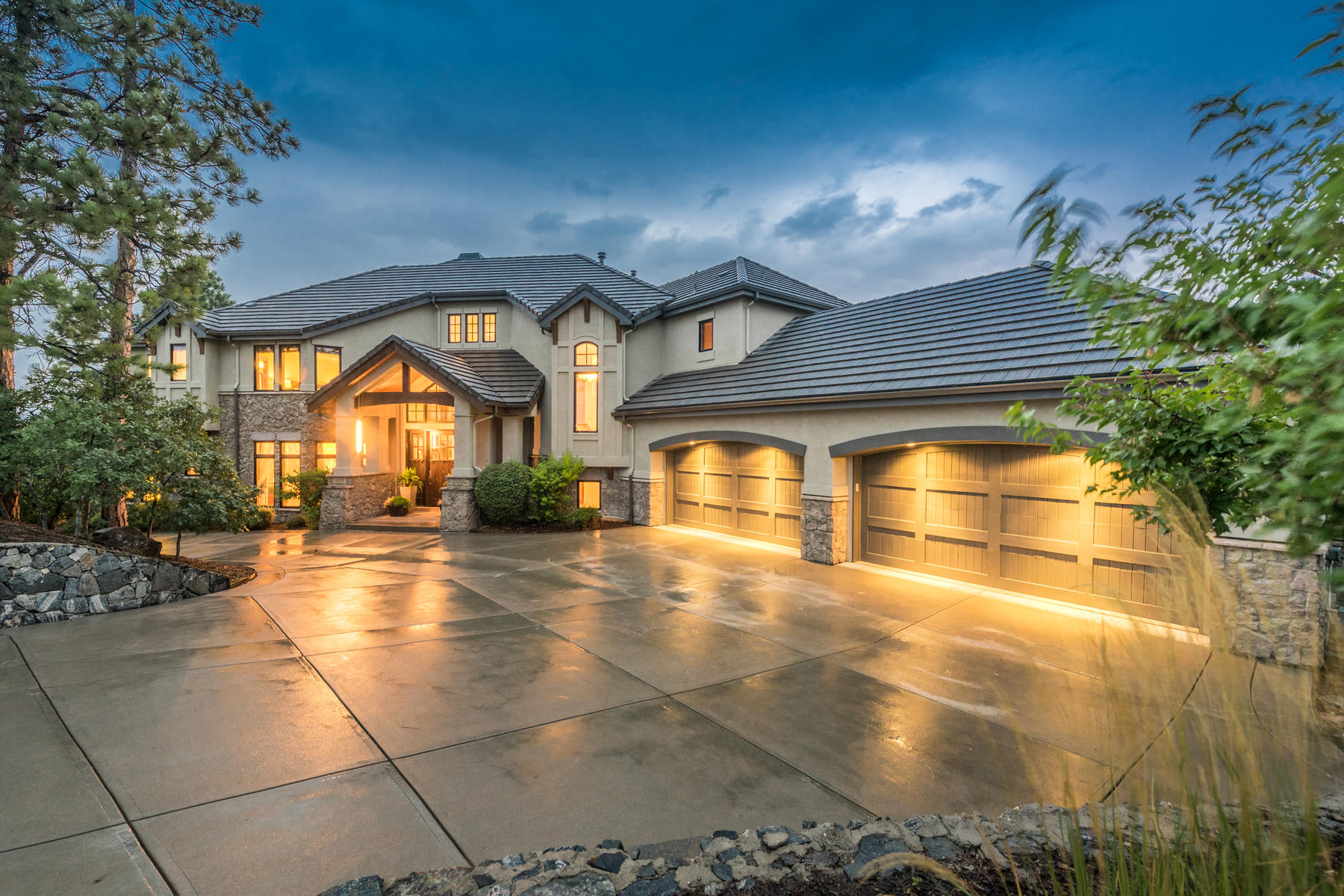 Single Family Homes for Active at 657 Ruby Trust Drive, Castle Rock, Co, 80108 657 Ruby Trust Drive Castle Rock, Colorado 80108 United States