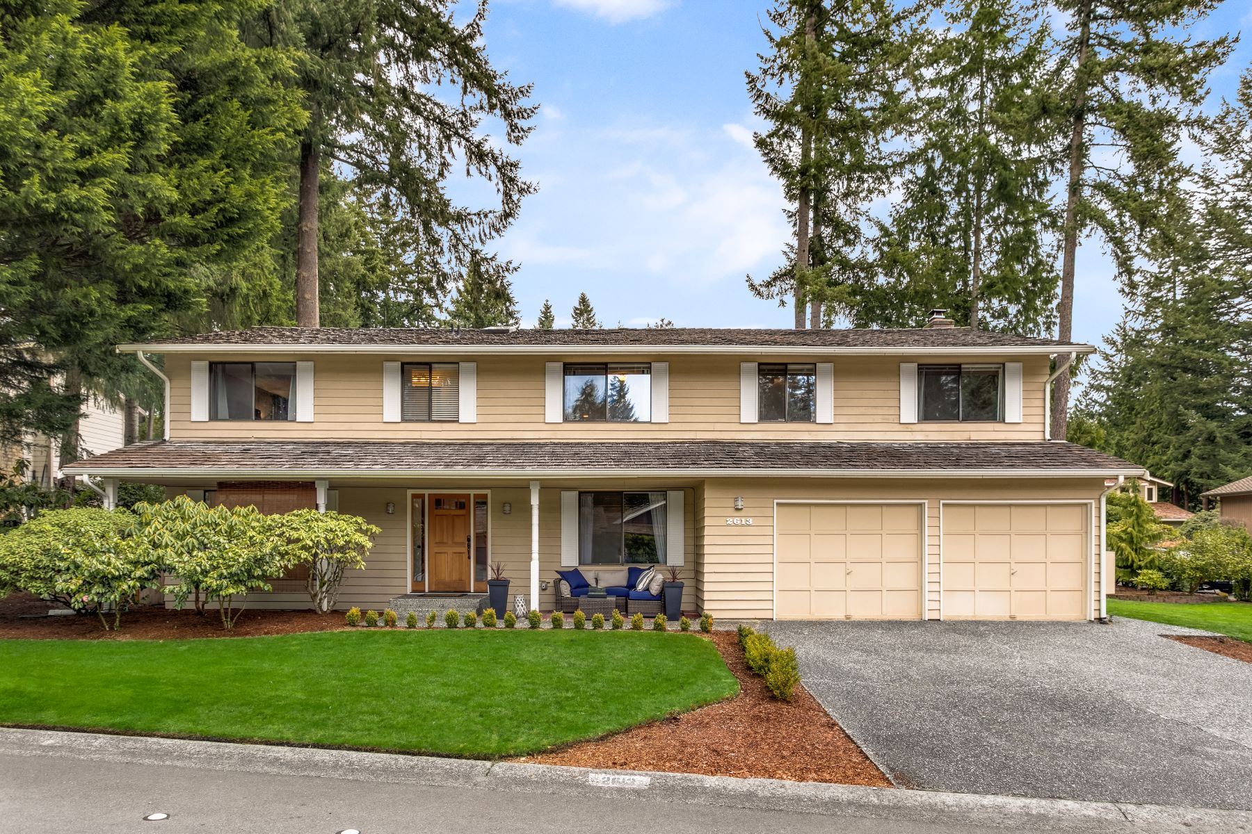 Single Family Homes for Sale at 2613 147th Place SE, Mill Creek, WA 98012 2613 147th Place SE Mill Creek, Washington 98012 United States