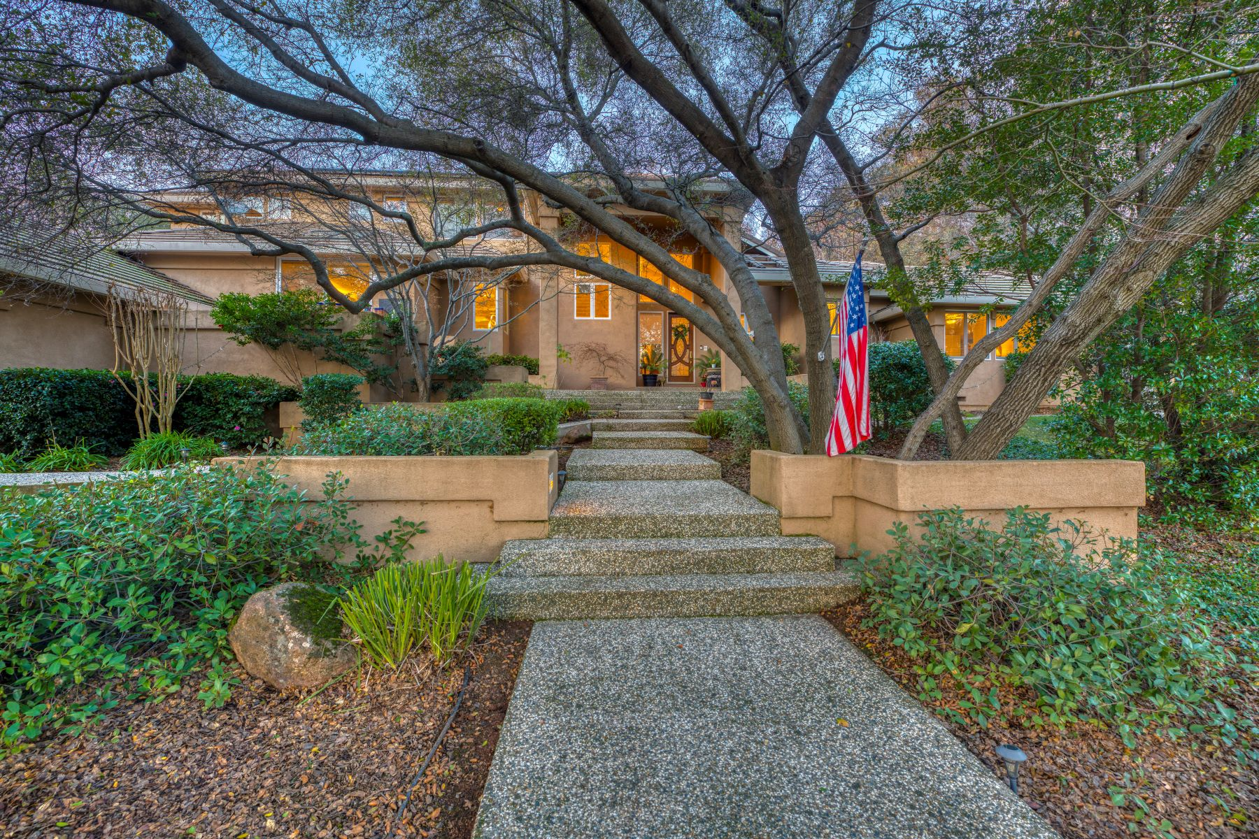 Single Family Homes for Active at 3381 Tartan Trail, El Dorado Hills, CA 95762 3381 Tartan Trail El Dorado Hills, California 95762 United States