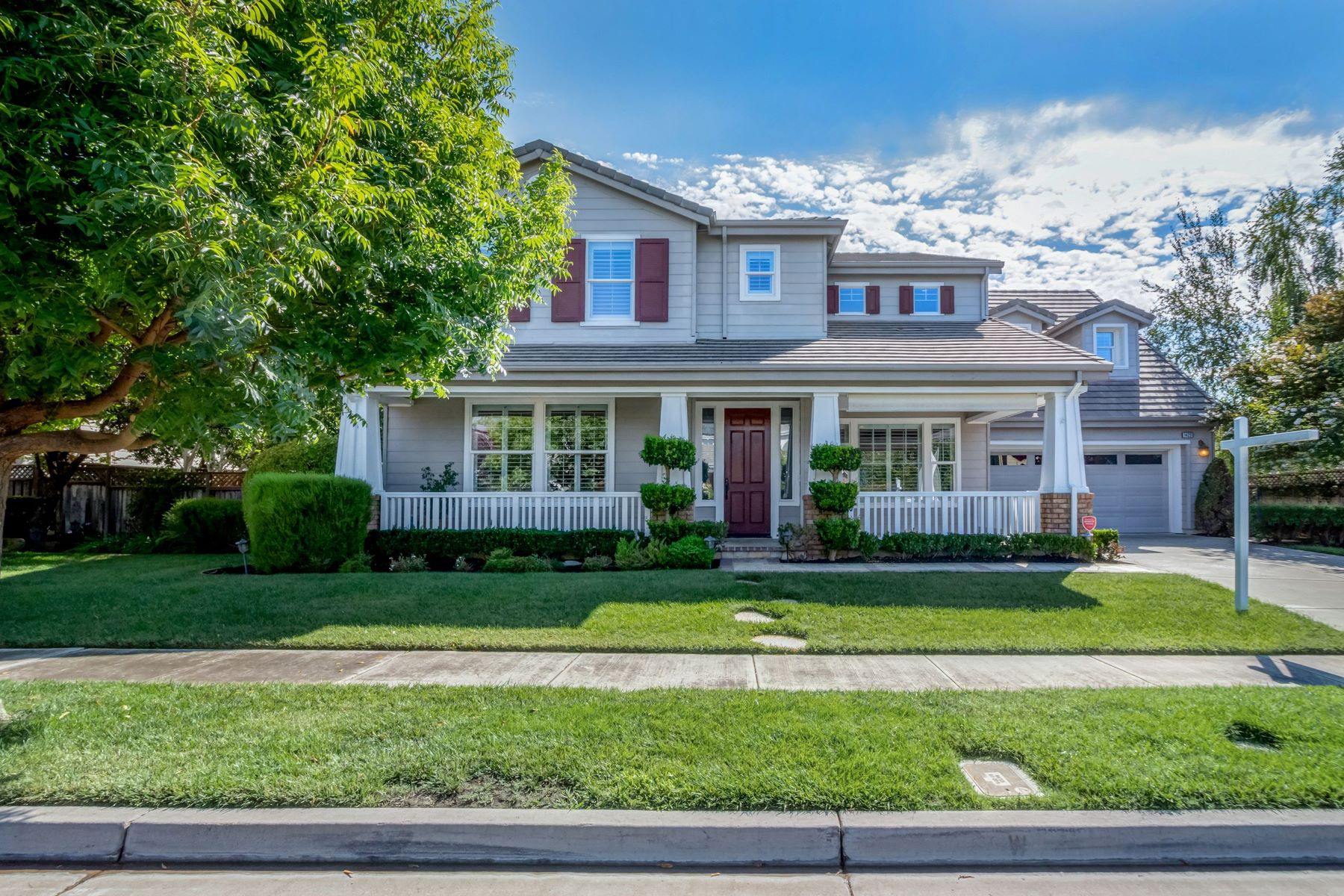 Single Family Homes for Sale at 1429 White Stable Drive, Pleasanton, CA 94566 1429 White Stable Drive Pleasanton, California 94566 United States