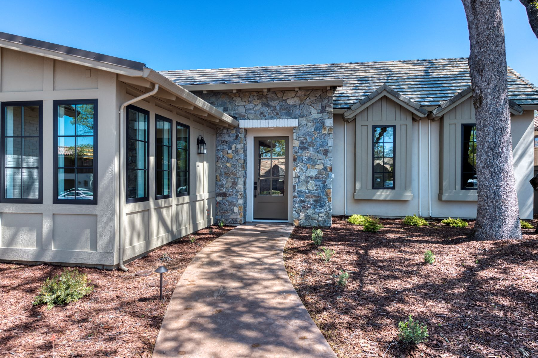 Single Family Homes for Sale at 3426 Greenview Drive, El Dorado Hills, CA 95762 3426 Greenview Drive El Dorado Hills, California 95762 United States