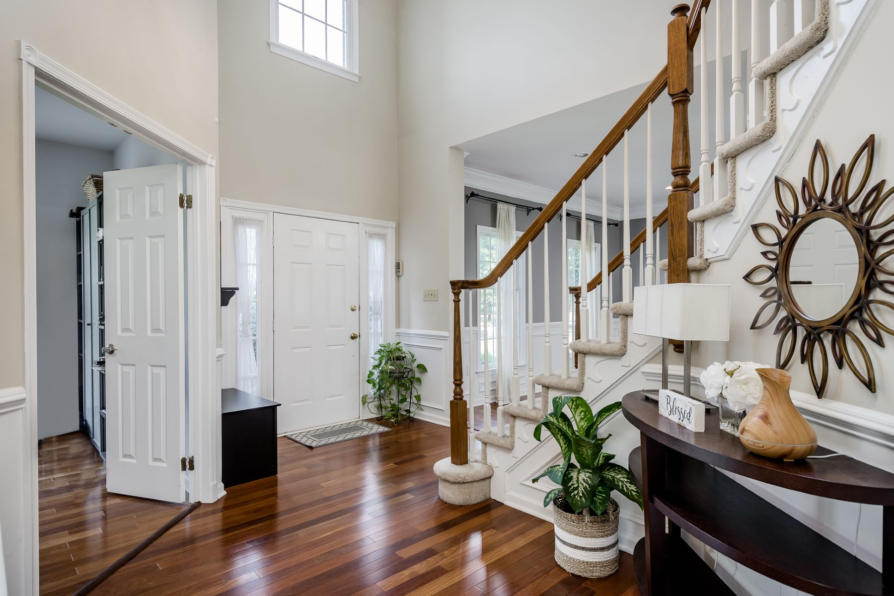 Additional photo for property listing at A Fresh Take on Sophistication 40 Reed Drive South, West Windsor, New Jersey 08550 United States