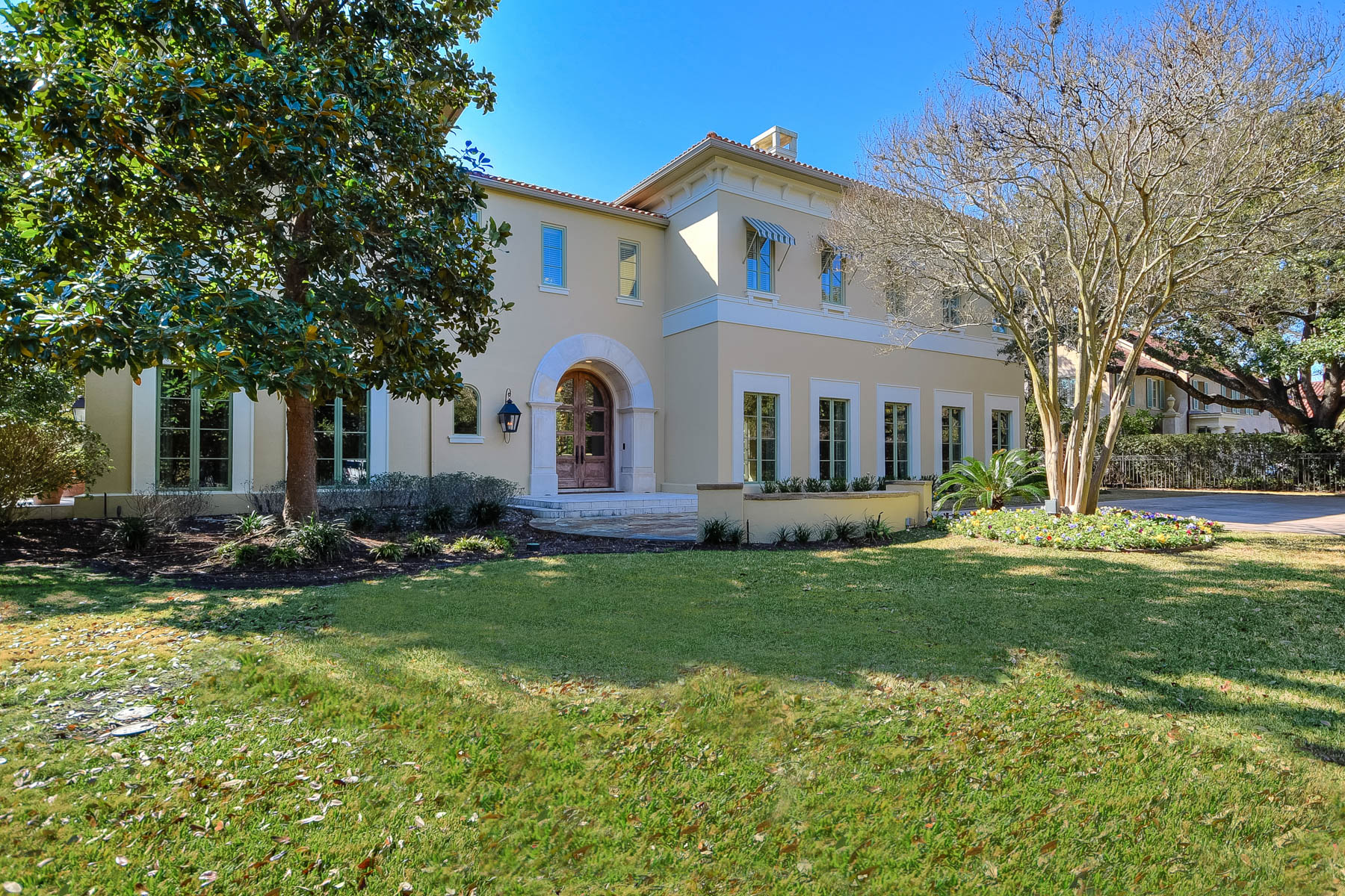 Single Family Home for Sale at Stunning Mediterranean Home in Terrell Hills 374 Terrell Road San Antonio, Texas 78209 United States