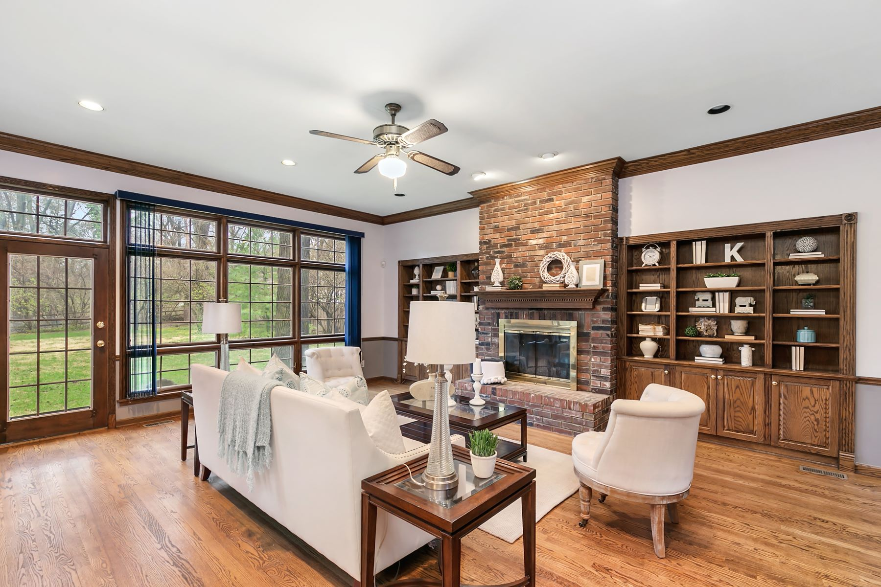 Additional photo for property listing at Classic Ladue Home off Litzsinger 32 Oak Bend Court Ladue, Missouri 63124 United States
