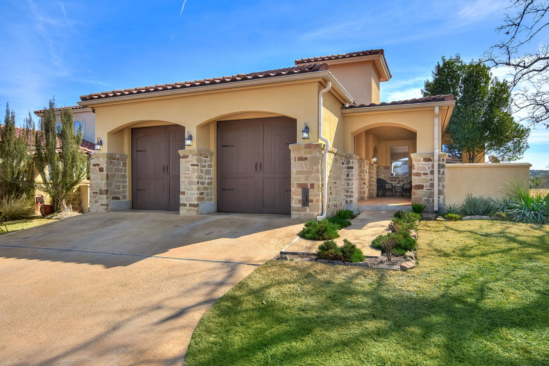 Single Family Home for Sale at Low Maintenance Resort Living in Horseshoe Bay 105 Maravilla Way Horseshoe Bay, Texas 78657 United States