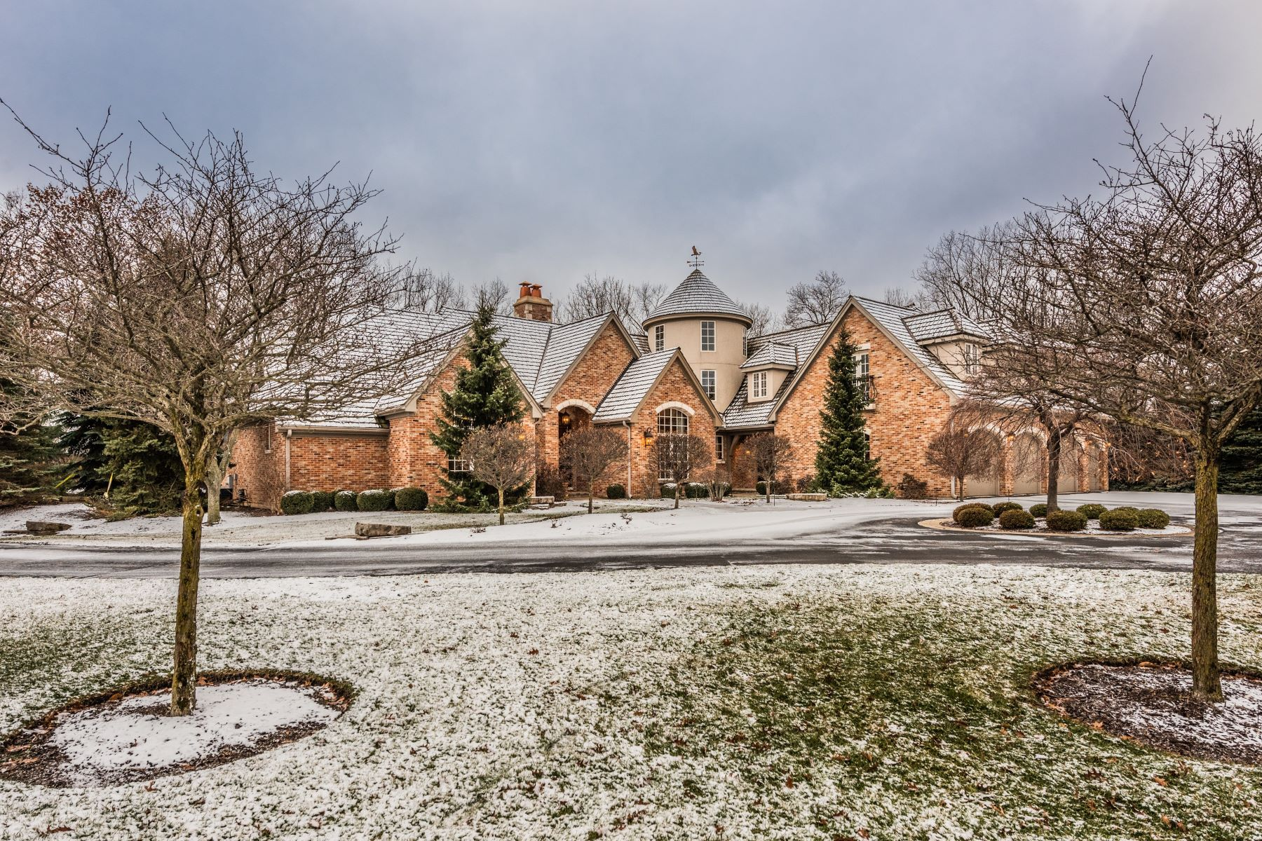 Single Family Home for Active at 26556 N Topanga Trail, Wauconda, IL 60084 26556 N Topanga Trail Wauconda, Illinois 60084 United States