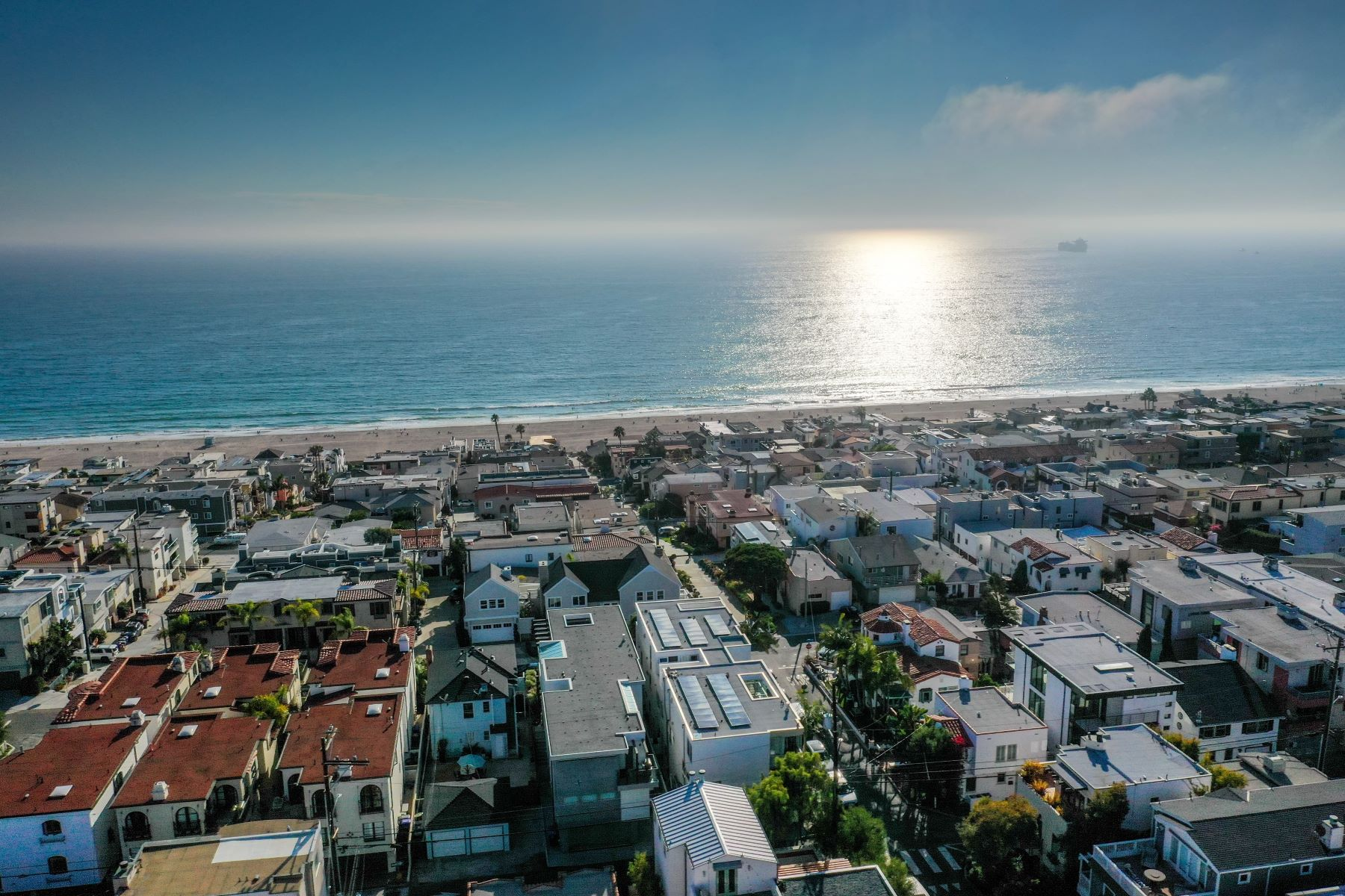townhouses for Active at 408 32nd Street, Manhattan Beach, CA 90266 408 32nd Street Manhattan Beach, California 90266 United States