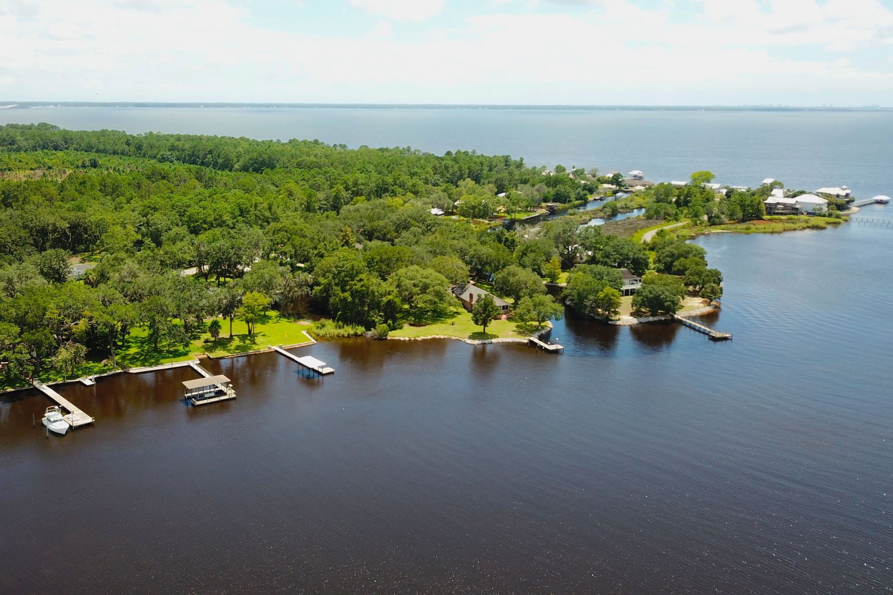 Terreno para Venda às Large Waterfront Homesite with Boat House 1358 Bay Grove Road, Freeport, Florida 32439 Estados Unidos