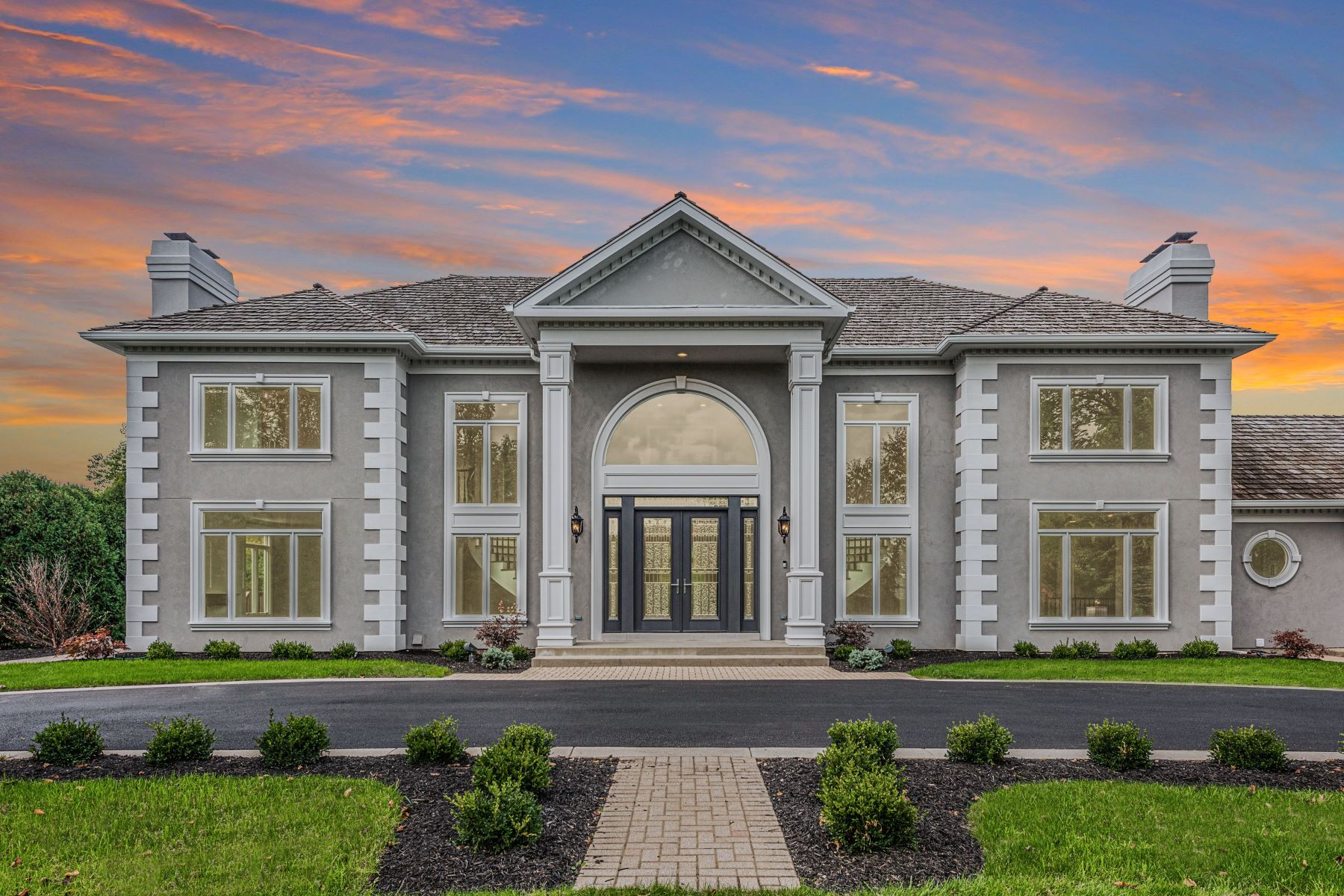 Single Family Homes for Active at Sterling Design masterpiece 56 Hillburn Lane North Barrington, Illinois 60010 United States