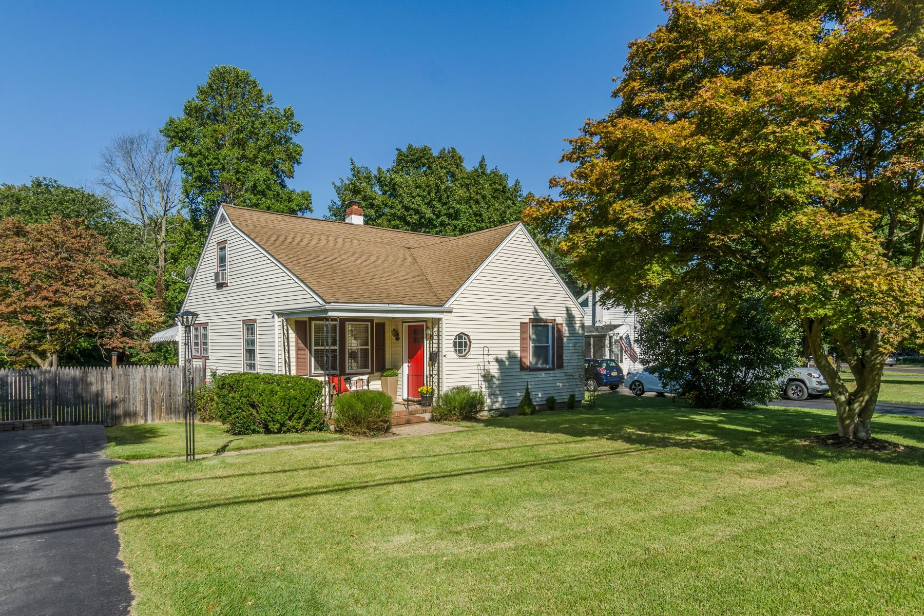 Single Family Homes for Sale at Charming Cape on spacious lot backing woodlands 35 Norcross Circle Hamilton Township, New Jersey 08619 United States