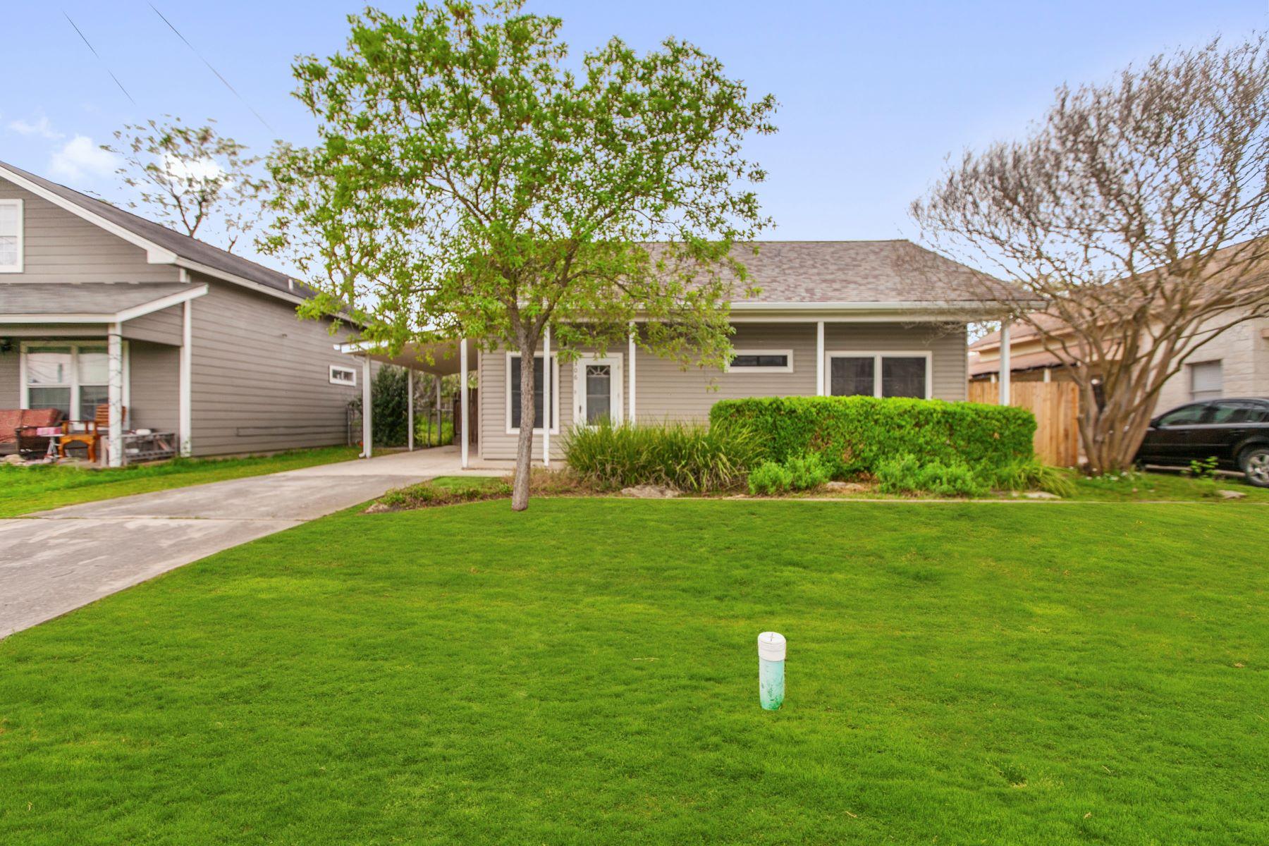 Single Family Homes für Verkauf beim 306 North Meyer Street, Kyle, TX 78640 306 N Meyer Street, Kyle, Texas 78640 Vereinigte Staaten