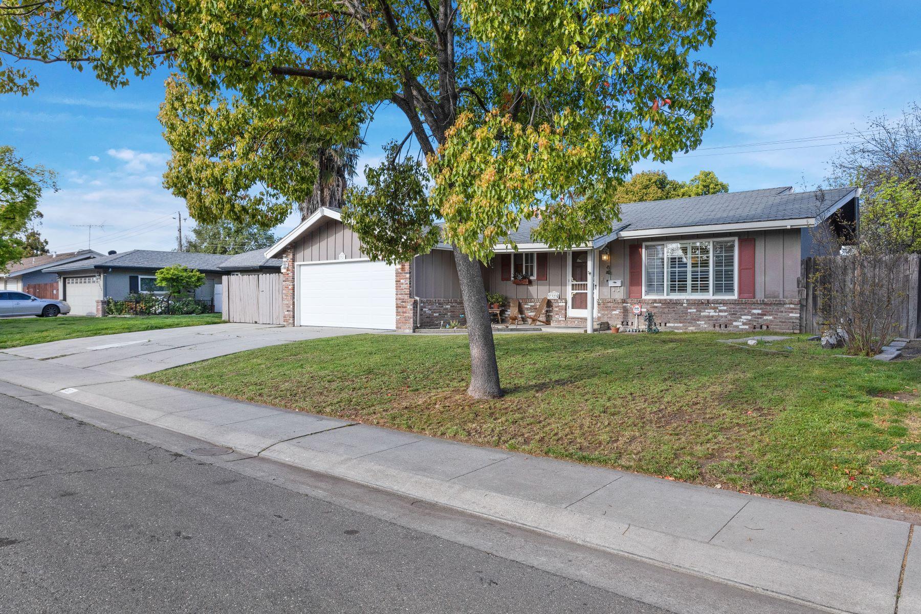 Single Family Homes para Venda às 7321 Westland Avenue, Stockton, CA 95207 Stockton, Califórnia 95207 Estados Unidos