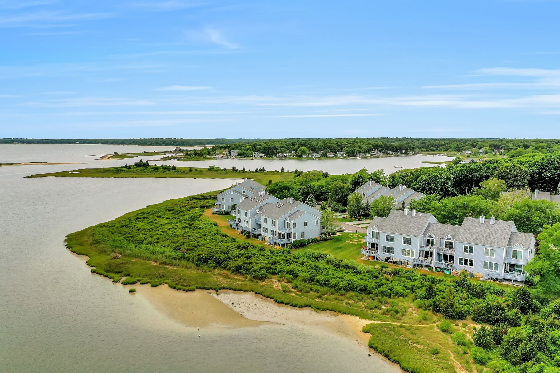 Condominiums 為 出售 在 555 Meadow Court, Southold, Ny, 11971 555 Meadow Court , 10, Southold, 纽约 11971 美國