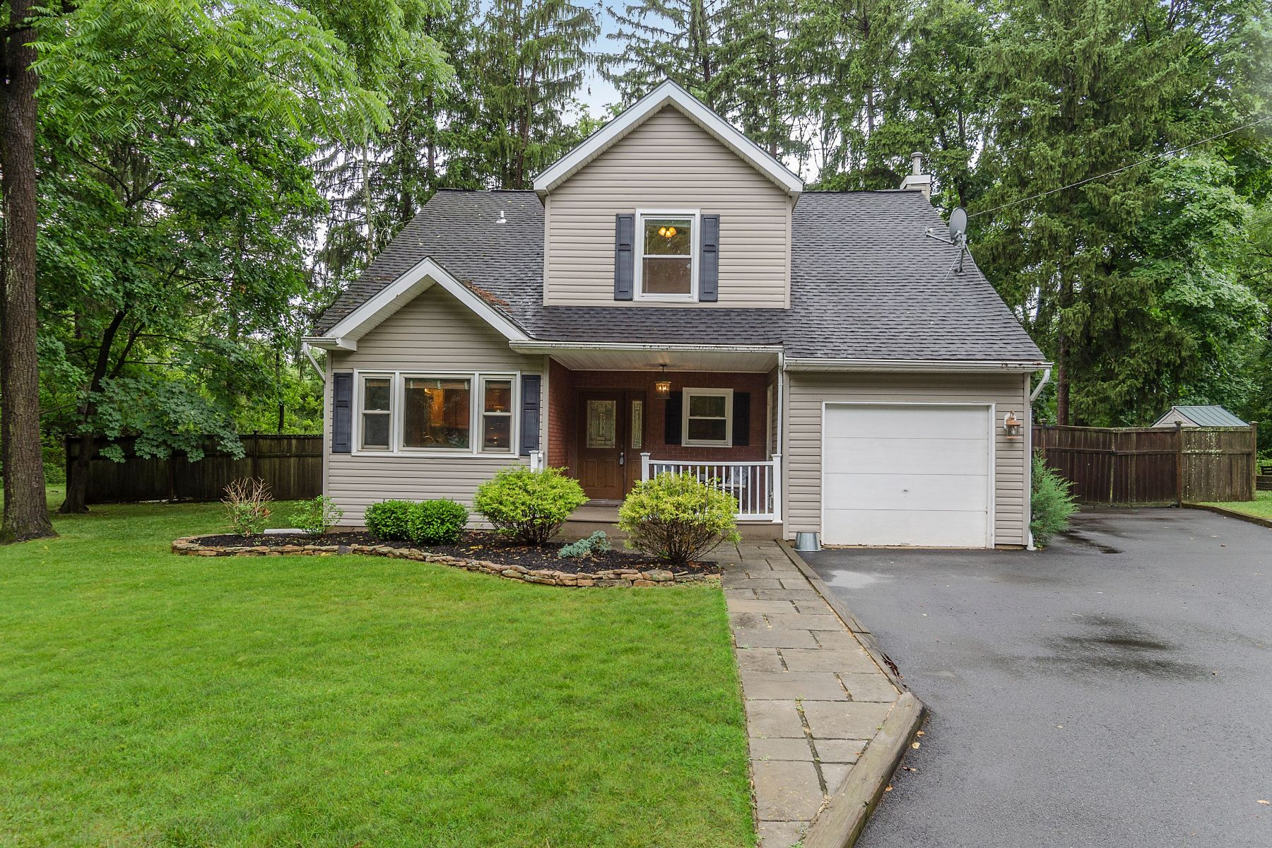 Single Family Homes for Sale at Staying Home Is a Joy in This Pennington 3-Bedroom 410 Reading Avenue, Pennington, New Jersey 08534 United States