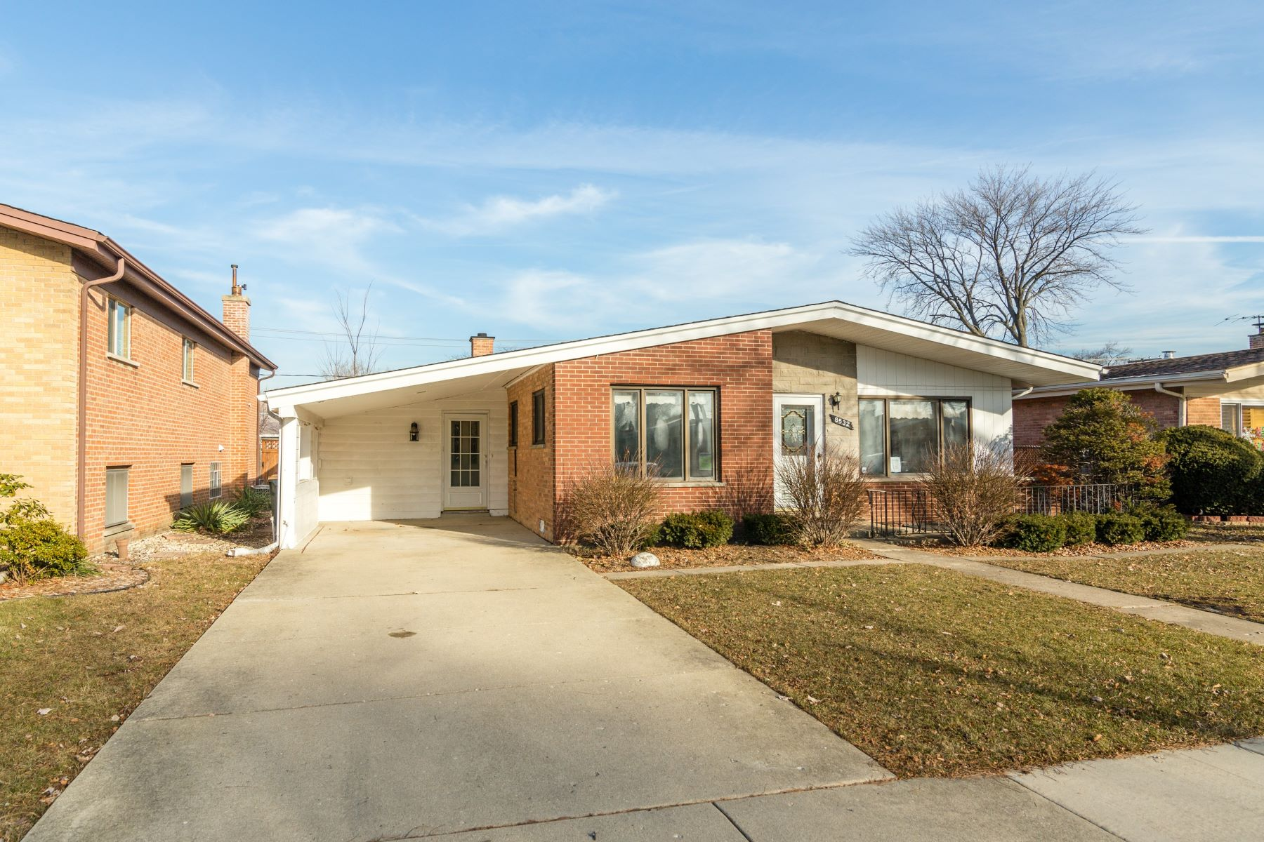Single Family Home for Sale at Excellent Potential 8532 W Clara Drive Niles, Illinois 60714 United States