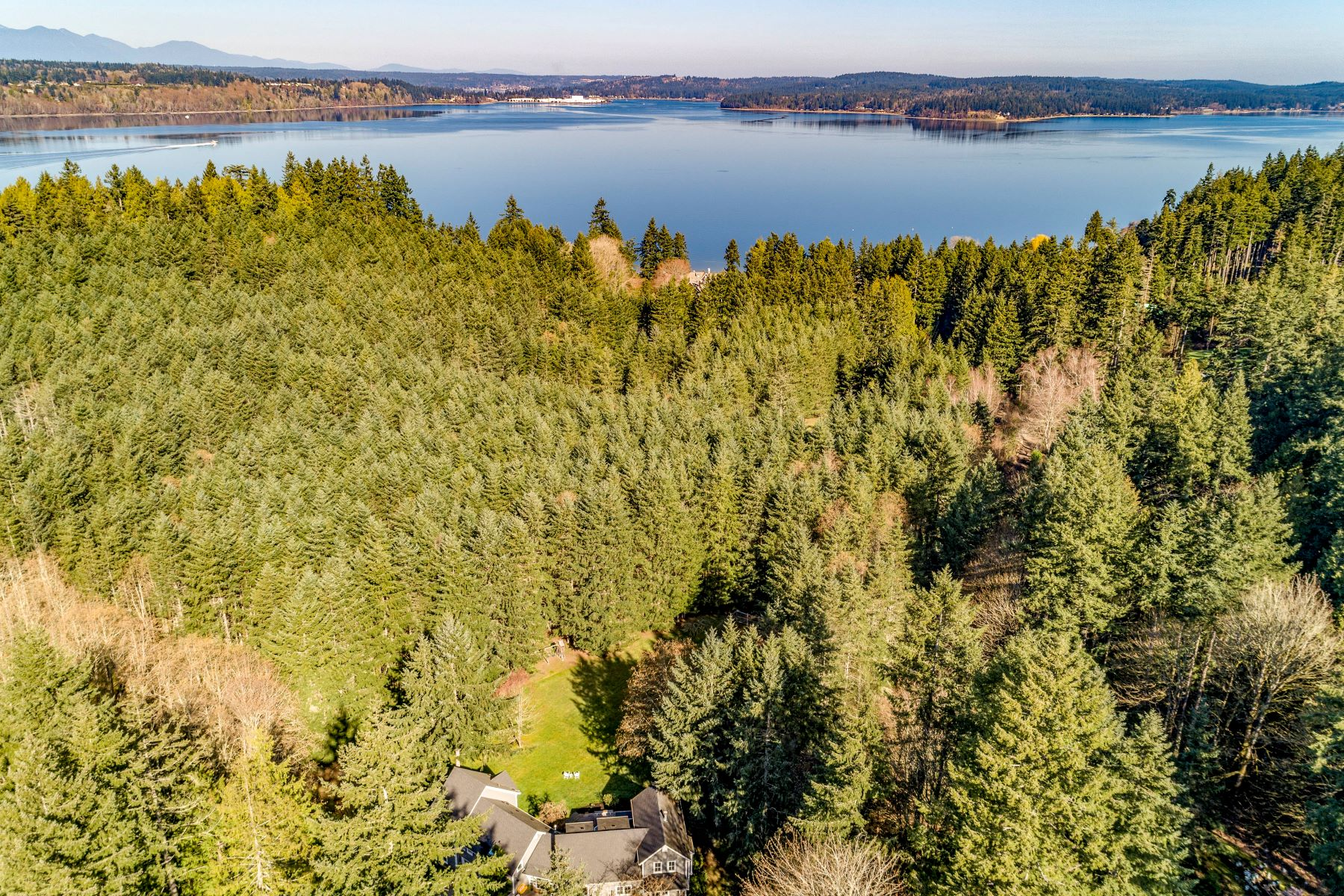 Single Family Homes for Sale at 4480 North Tolo Rd NE, Bainbridge Island, WA 98110 4480 North Tolo Rd NE Bainbridge Island, Washington 98110 United States