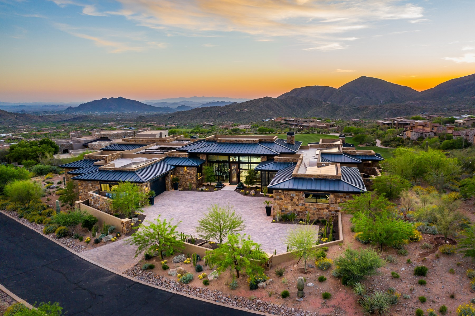 Single Family Homes por un Venta en Saguaro Forest 236 42250 N 102ND ST Scottsdale, Arizona 85262 Estados Unidos