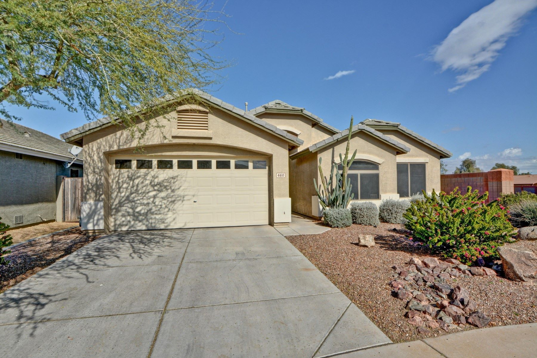 Single Family Homes for Active at 4610 ALICIA, Laveen, AZ 85339 4610 ALICIA Laveen, Arizona 85339 United States