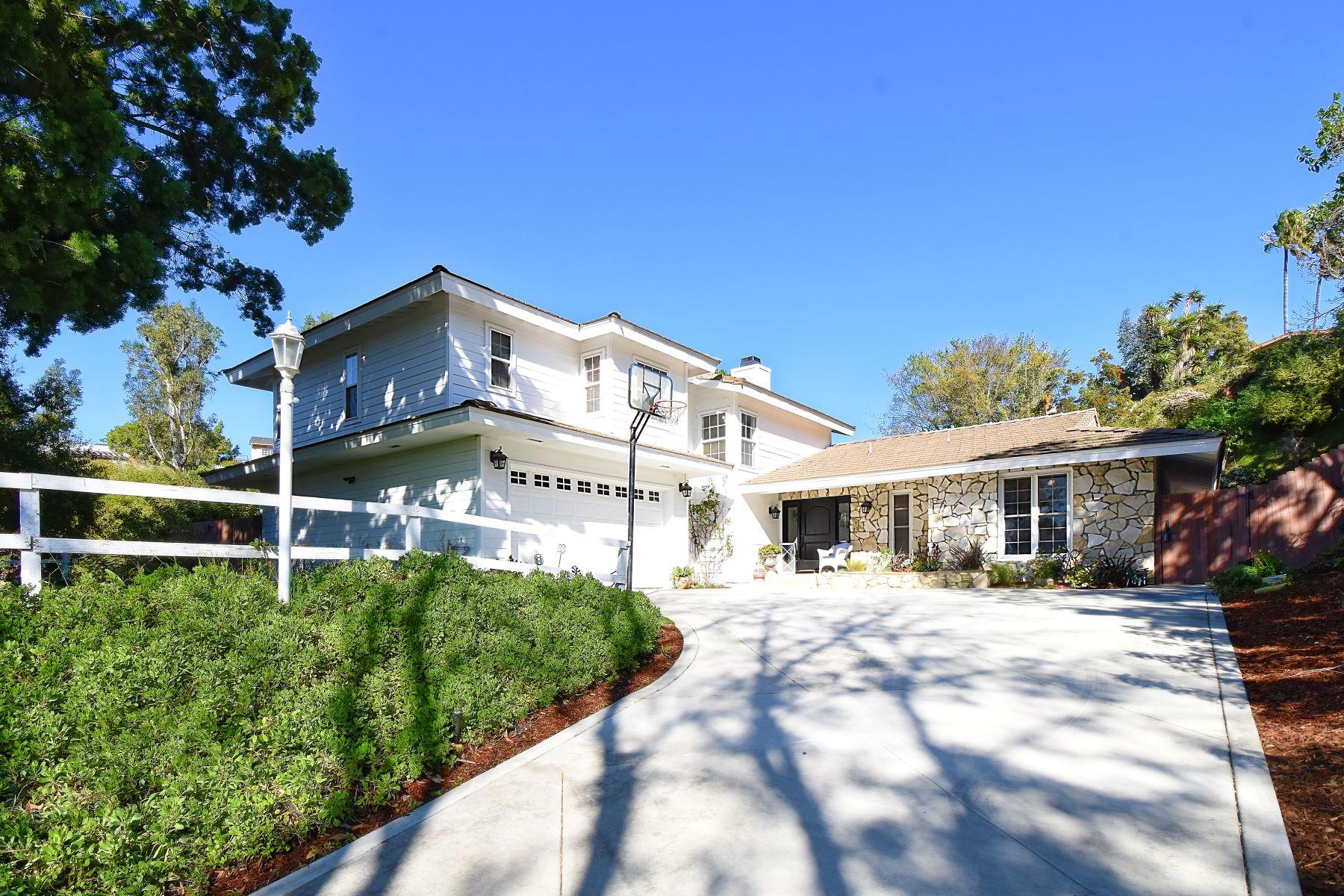 Single Family Homes para Venda às 11 Dorado Place, Rolling Hills Estates, CA 90274 Rolling Hills Estates, Califórnia 90274 Estados Unidos