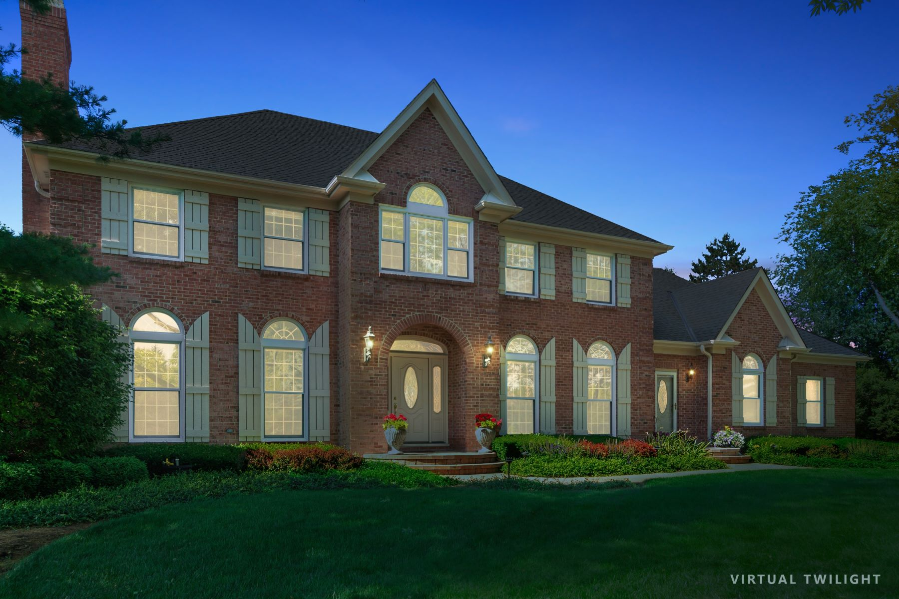 Single Family Homes für Verkauf beim 1230 Barclay Circle, Barrington, IL 60010 Barrington, Illinois 60010 Vereinigte Staaten