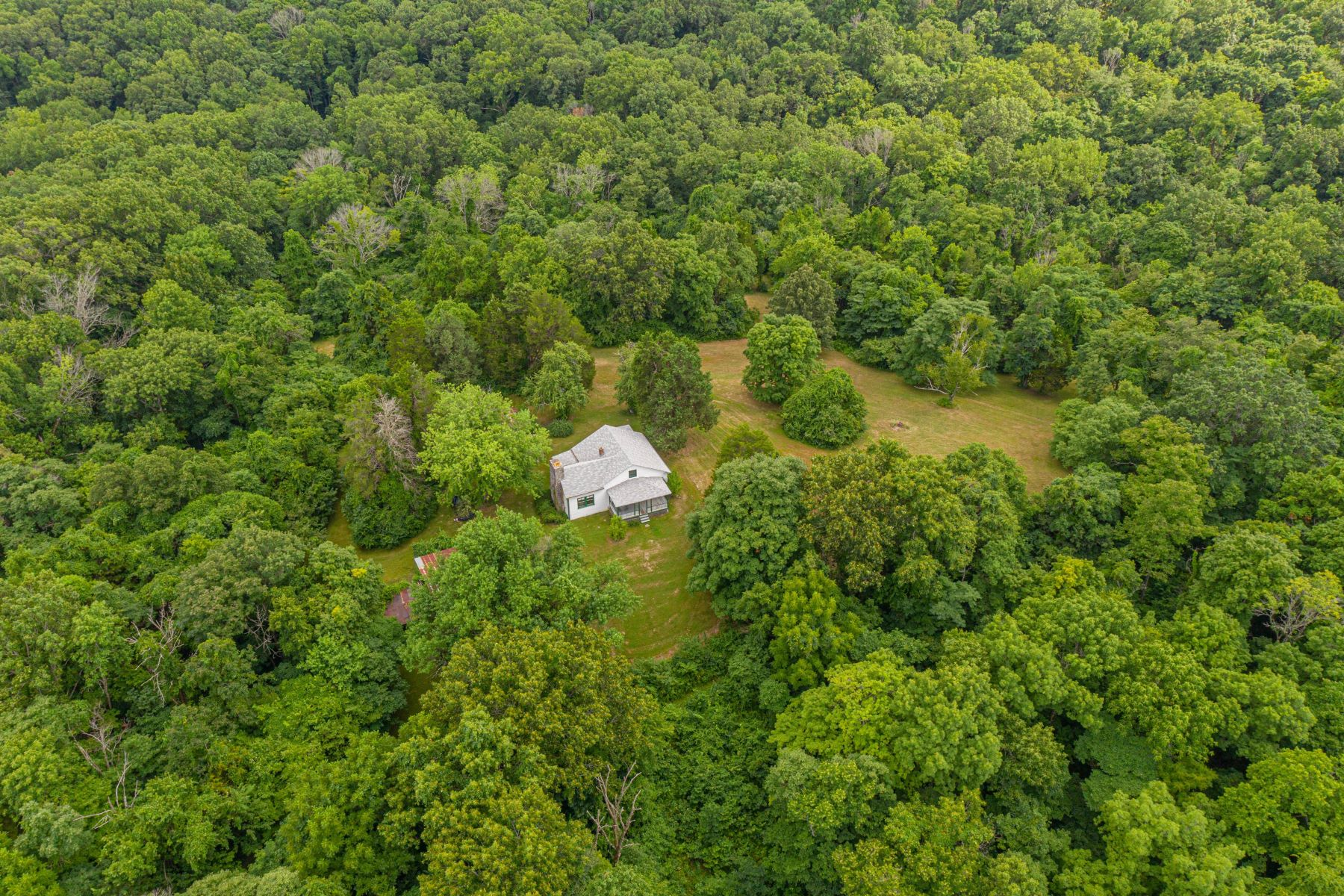 Additional photo for property listing at Peaceful Retreat Overlooking Wild Horse Creek Valley 19360 River Ridge Lane Wildwood, Missouri 63005 United States