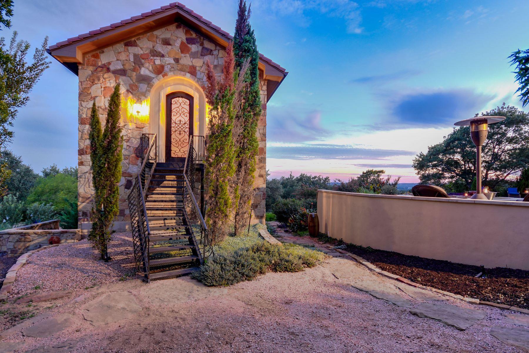 Additional photo for property listing at Exquisite Tuscan Estate 8017 Magnolia Ridge Cv Austin, Texas 78738 United States