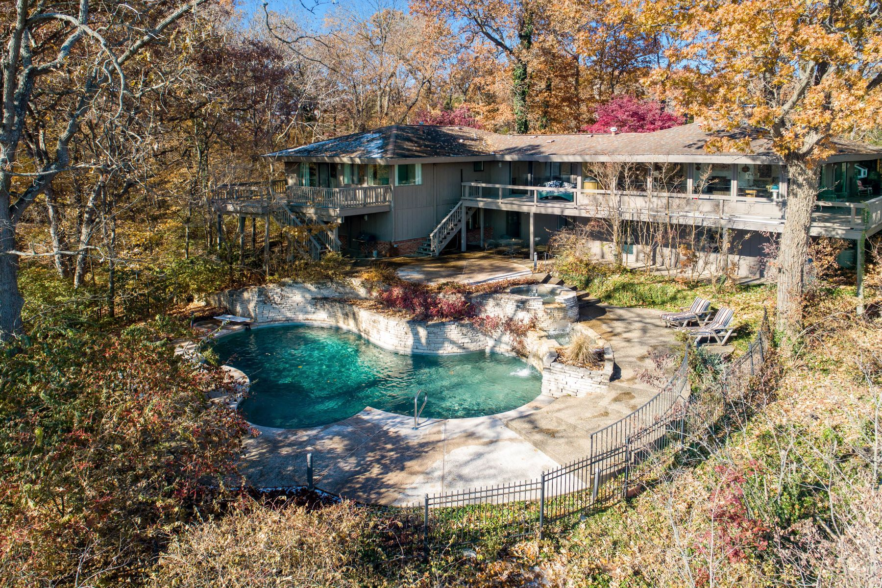 Single Family Homes for Sale at Relaxing Mid-Century Retreat Overlooking the Mississippi River 10 Rivermont Drive Crystal City, Missouri 63019 United States