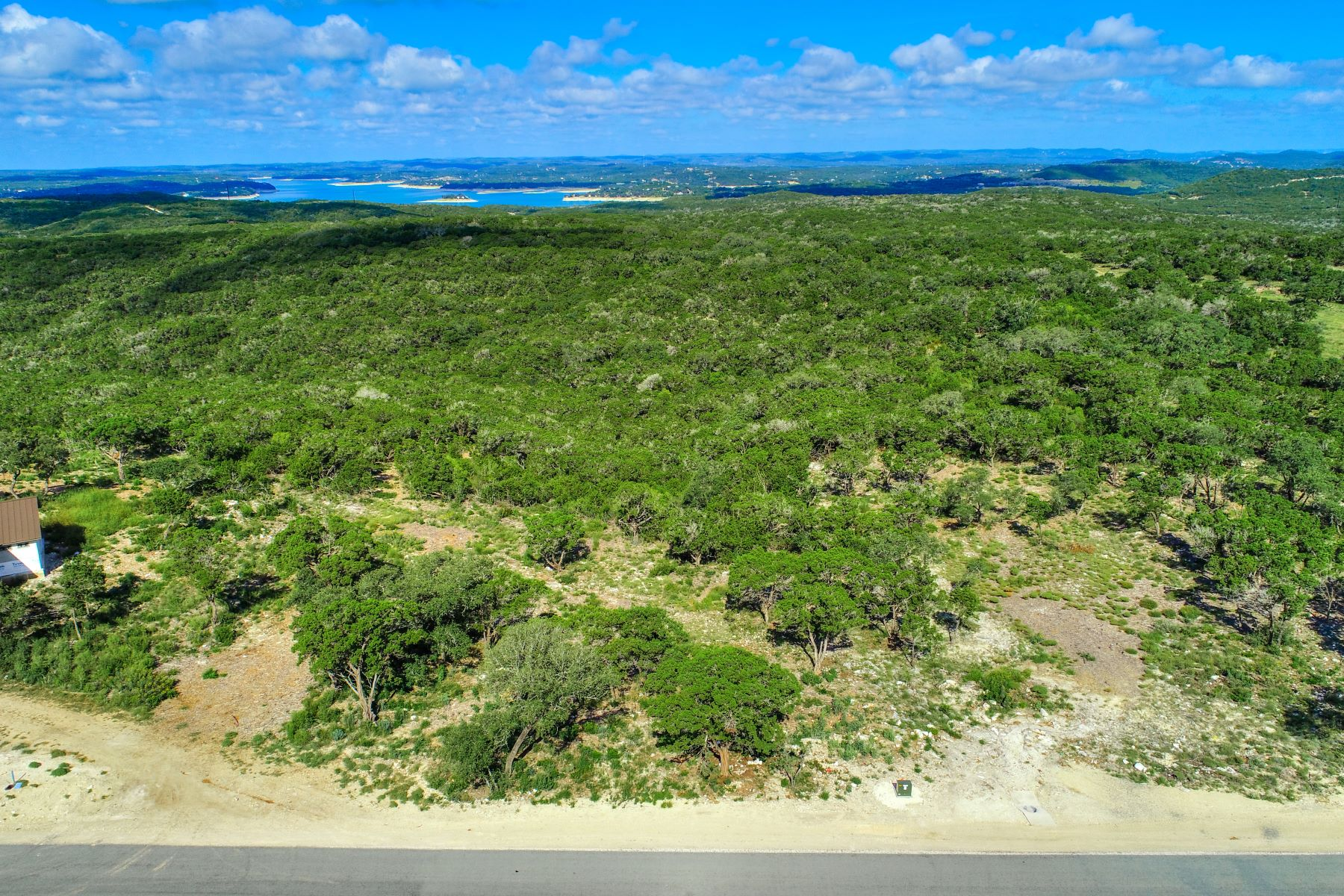 Terrain pour l Vente à Beautiful Acreage in Summit Ridge 1107 Private Road 2775, Mico, Texas 78056 États-Unis