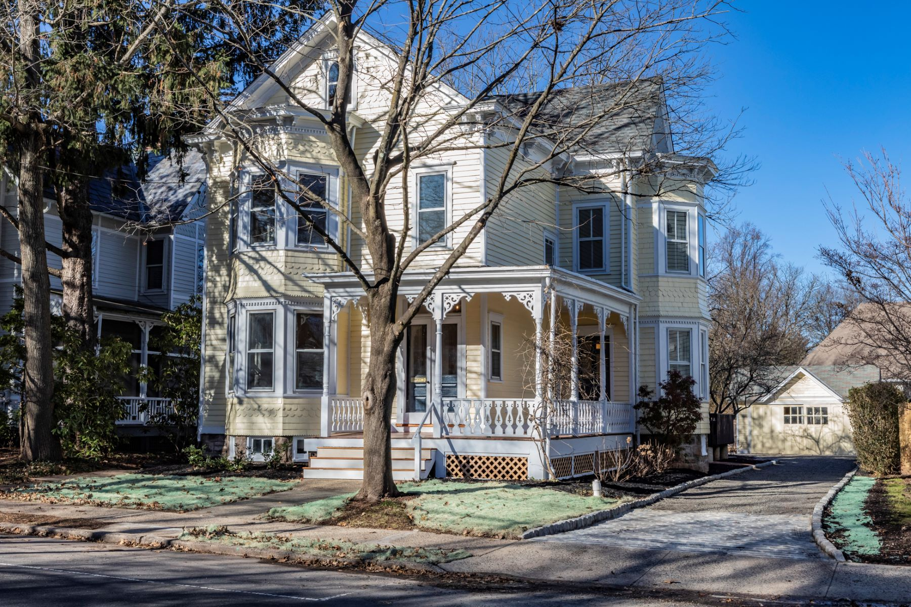 Additional photo for property listing at Historic Charm Restored With Every Modern Amenity 25 East Delaware Avenue, 彭宁顿, 新泽西州 08534 美国